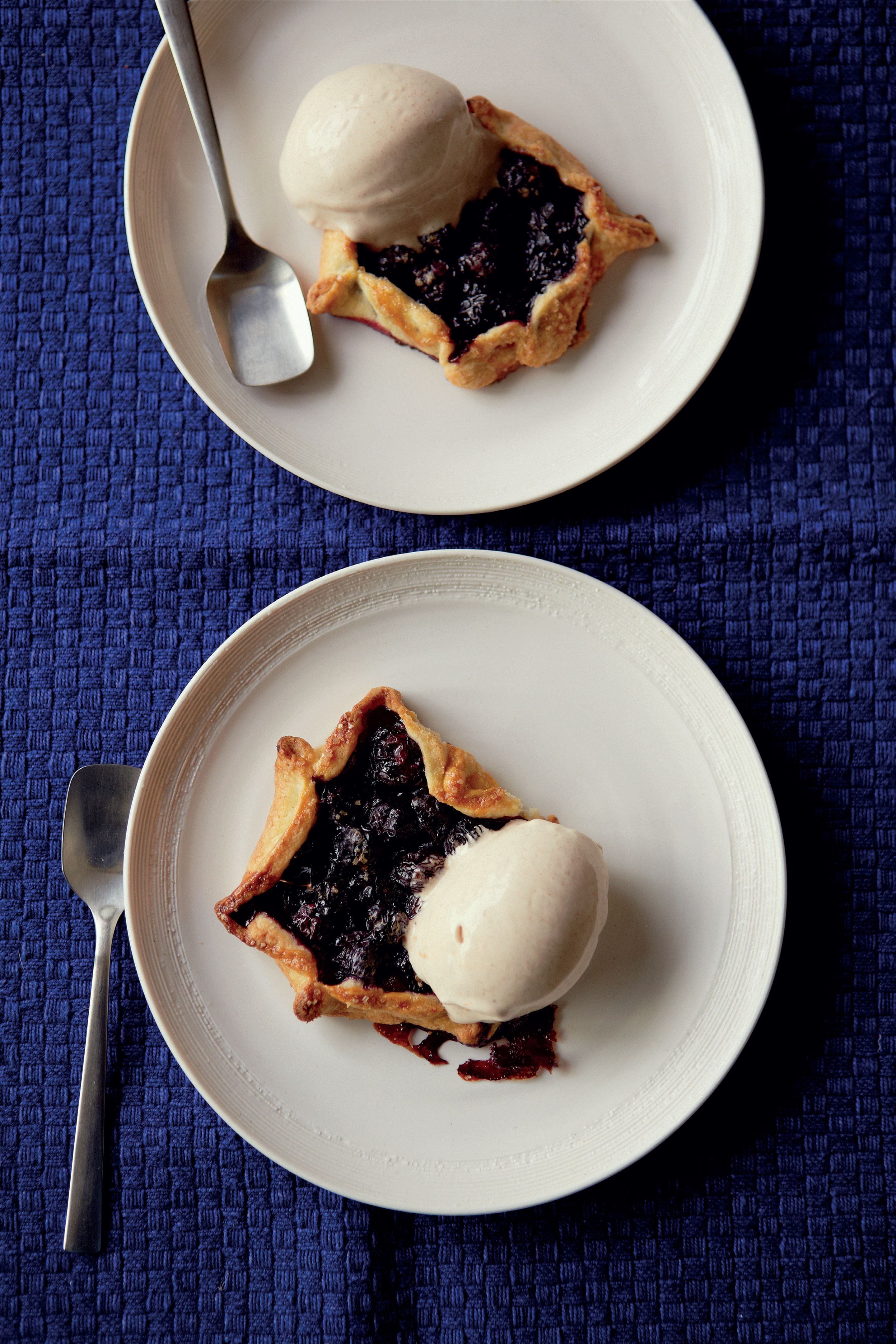 Fast chocolate bar ice cream with blueberry galettes