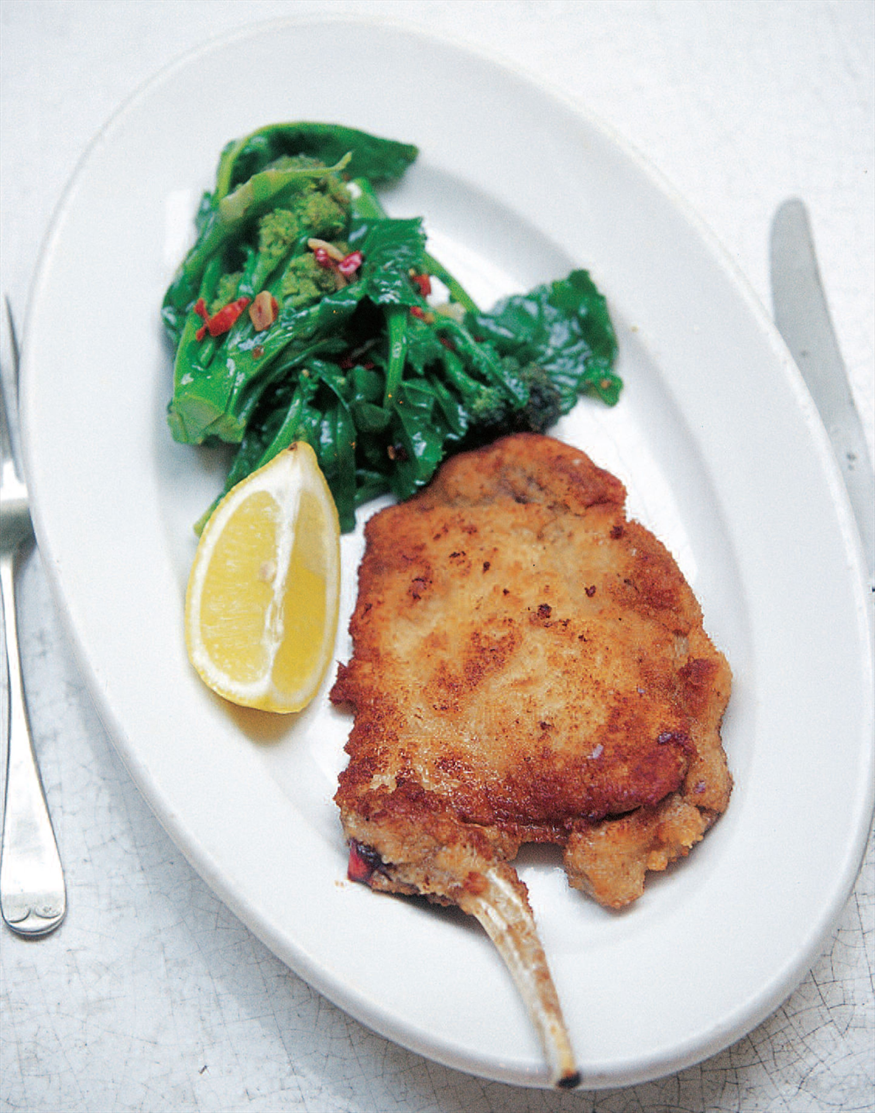 Milanese breaded pork cutlet with broccoli