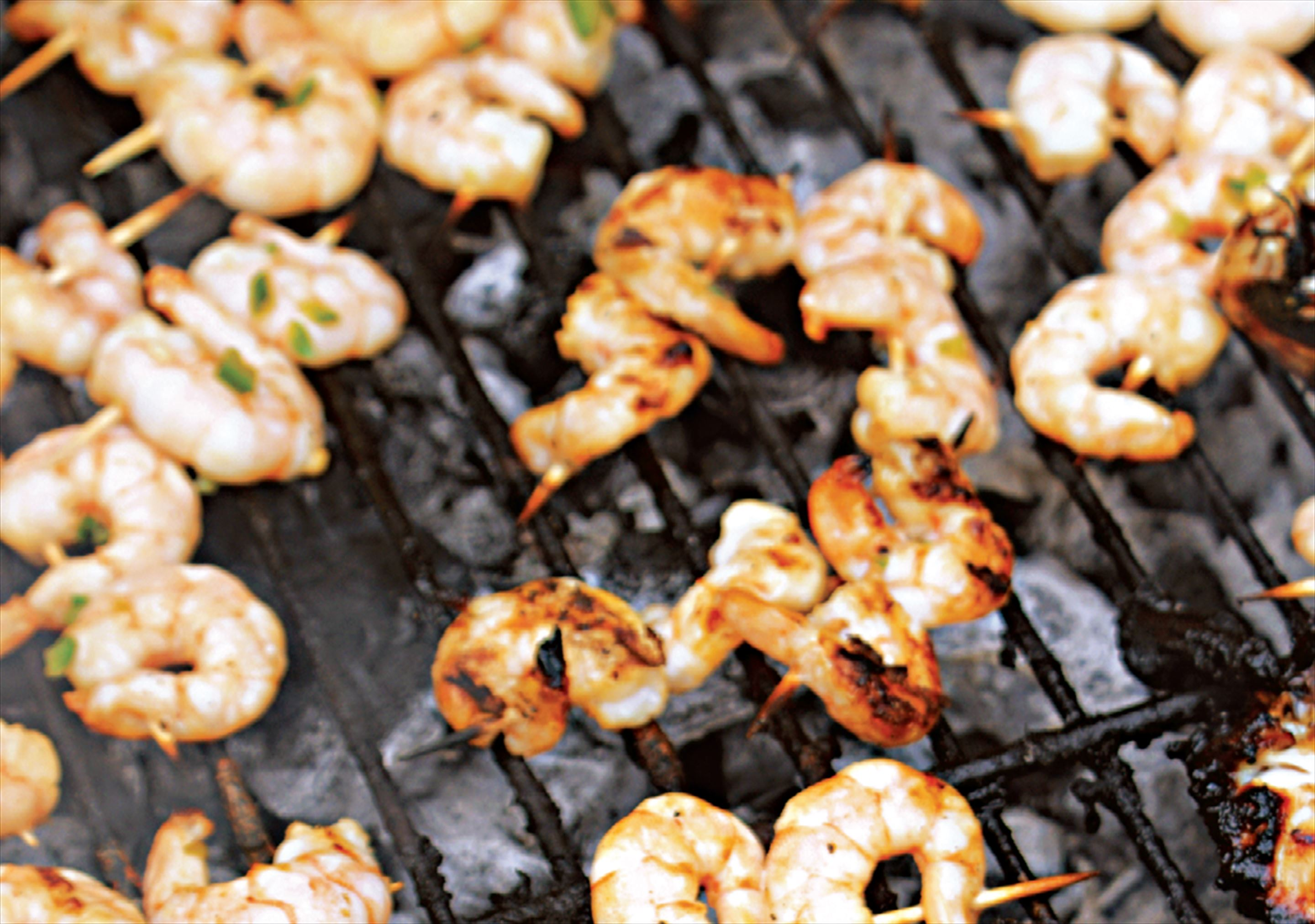 Lime and chilli prawn kebabs