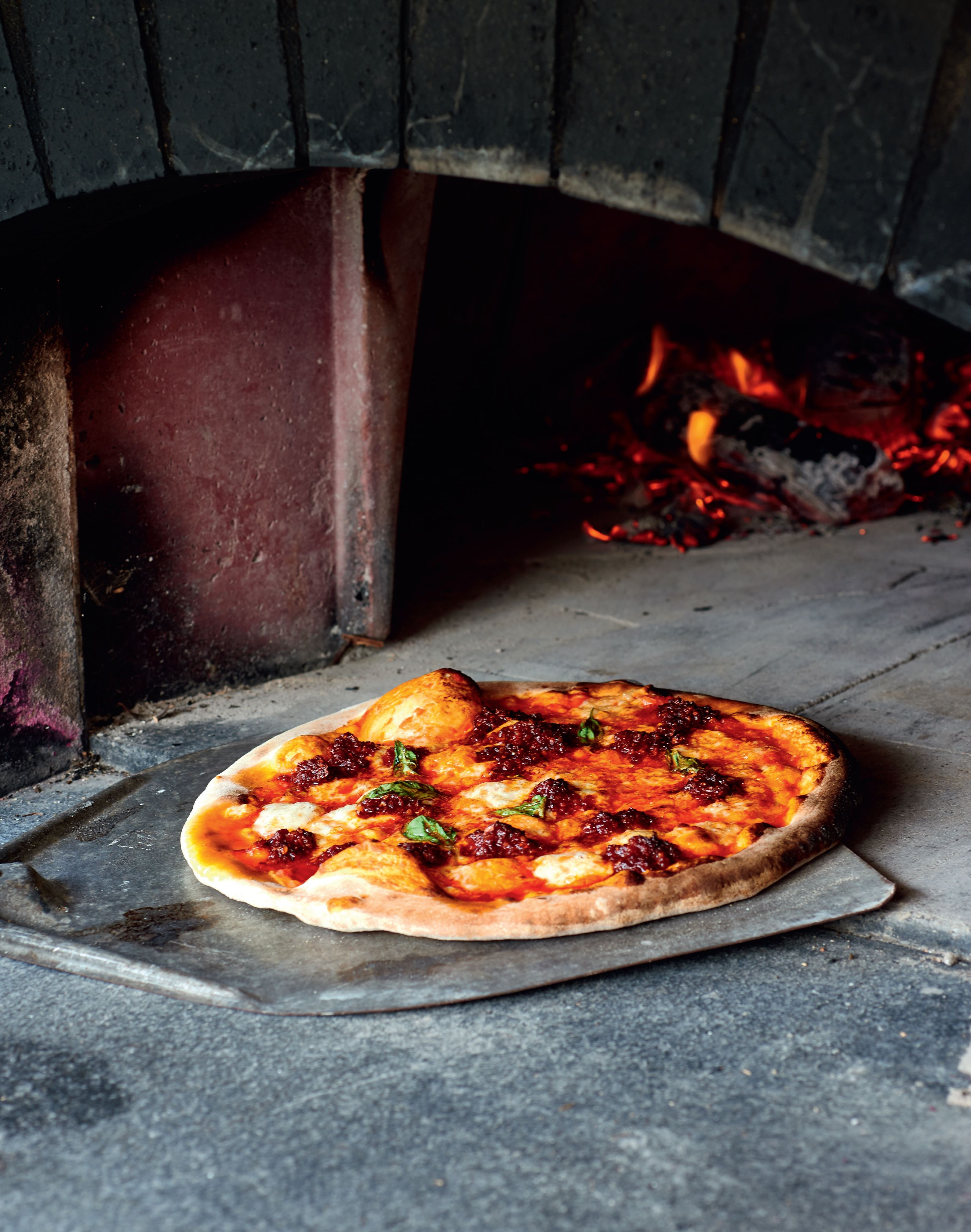 'Nduja and sheep's cheese pizza