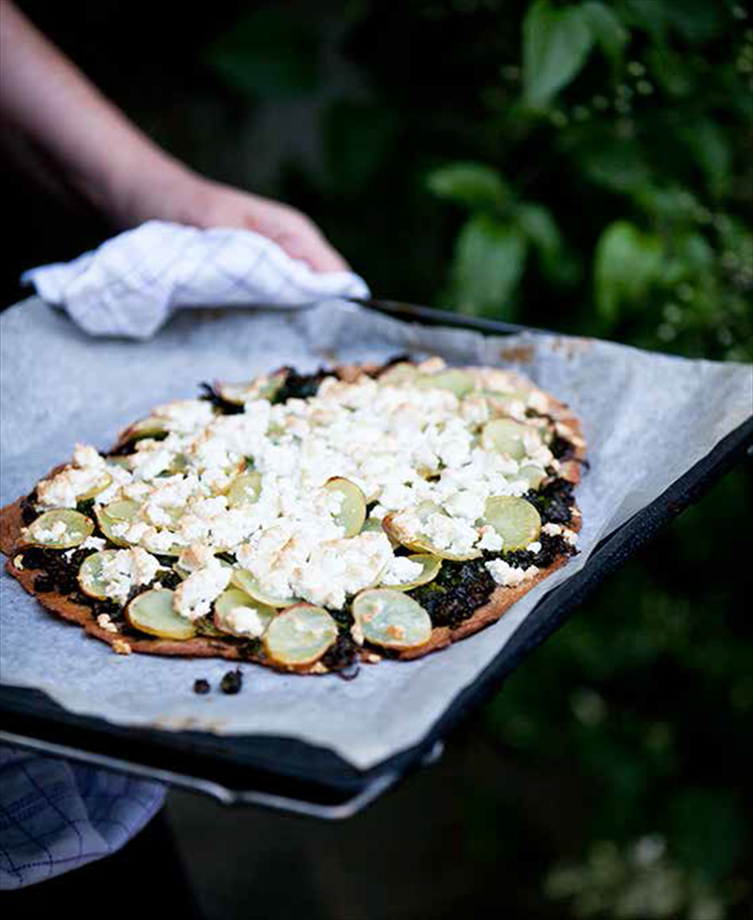 Nordic 'pizza' with kale and potato