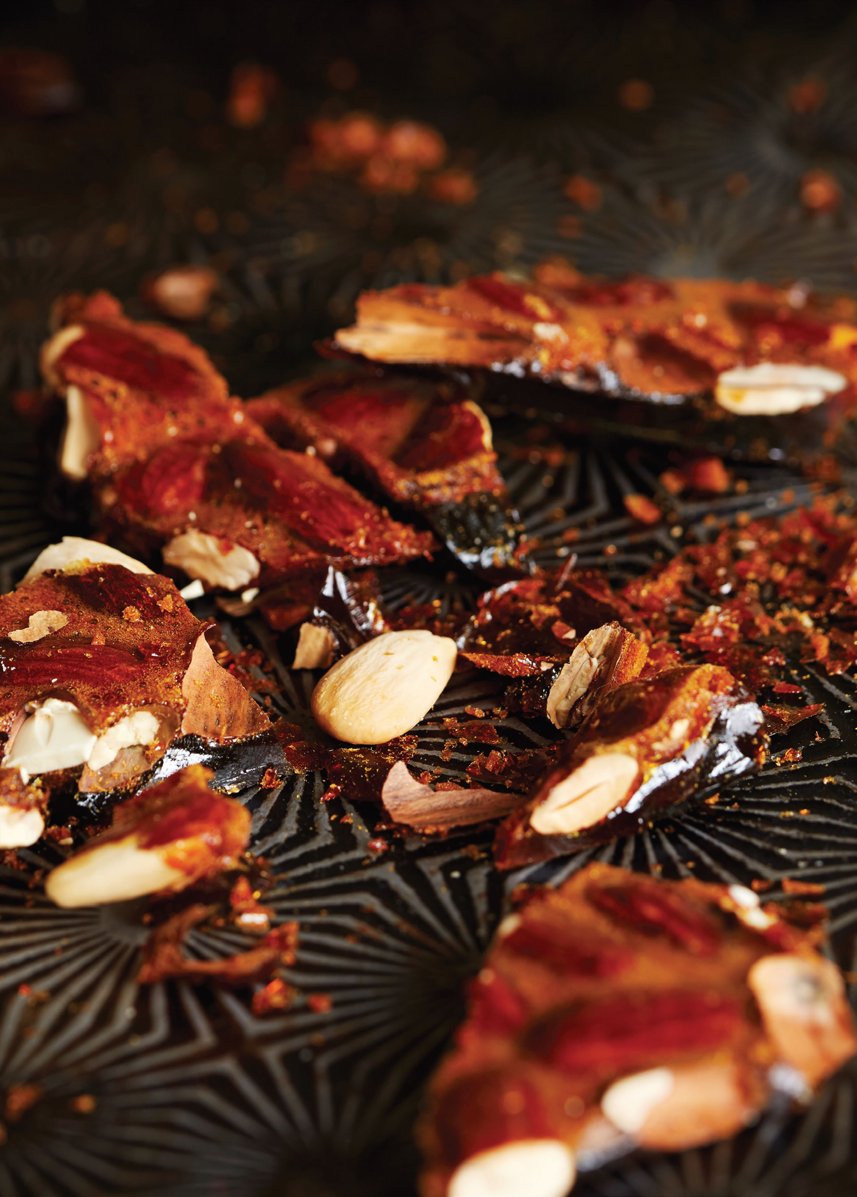 Almond nut brittle