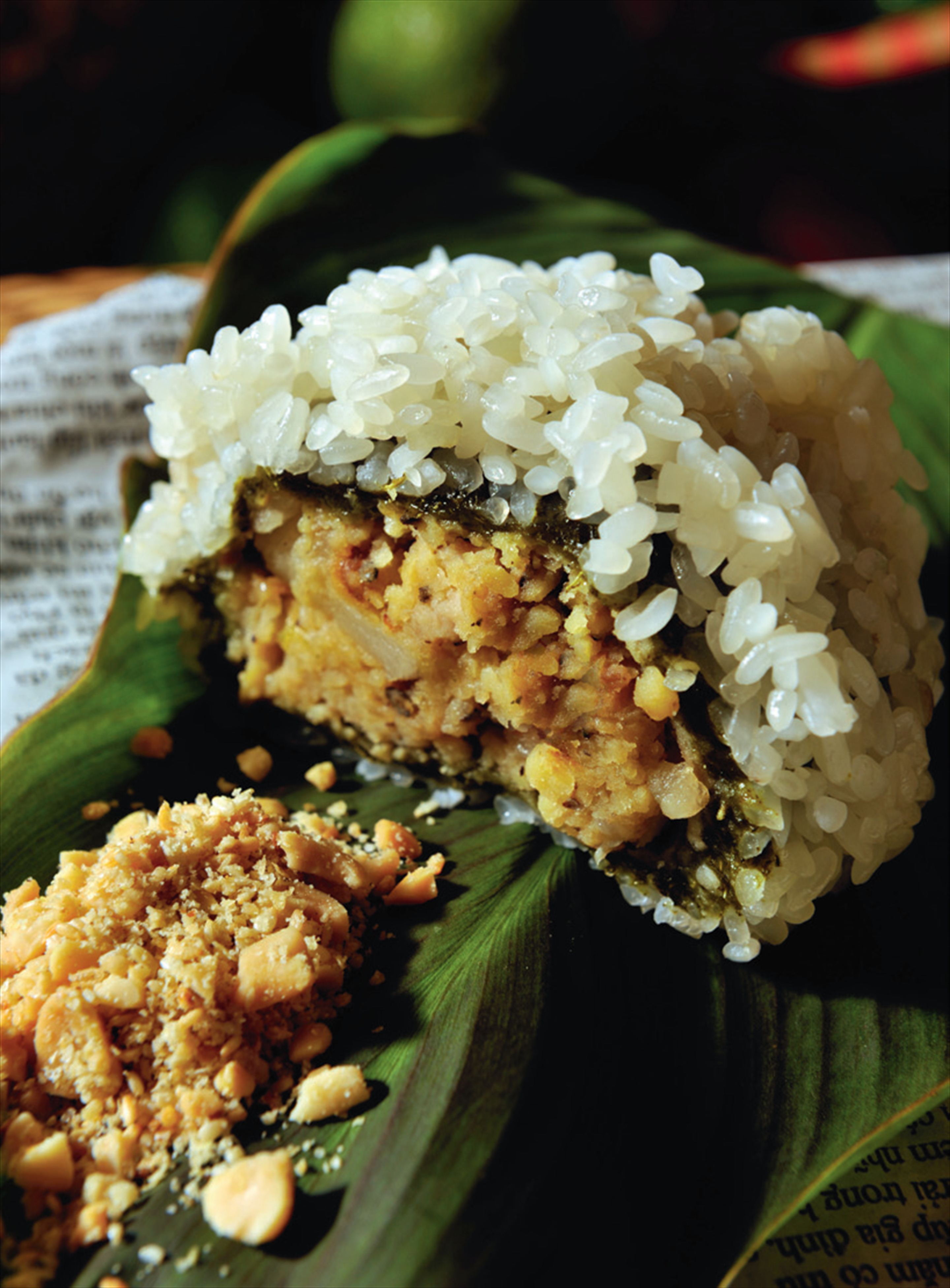 Sticky rice from the countryside with pork and mung beans