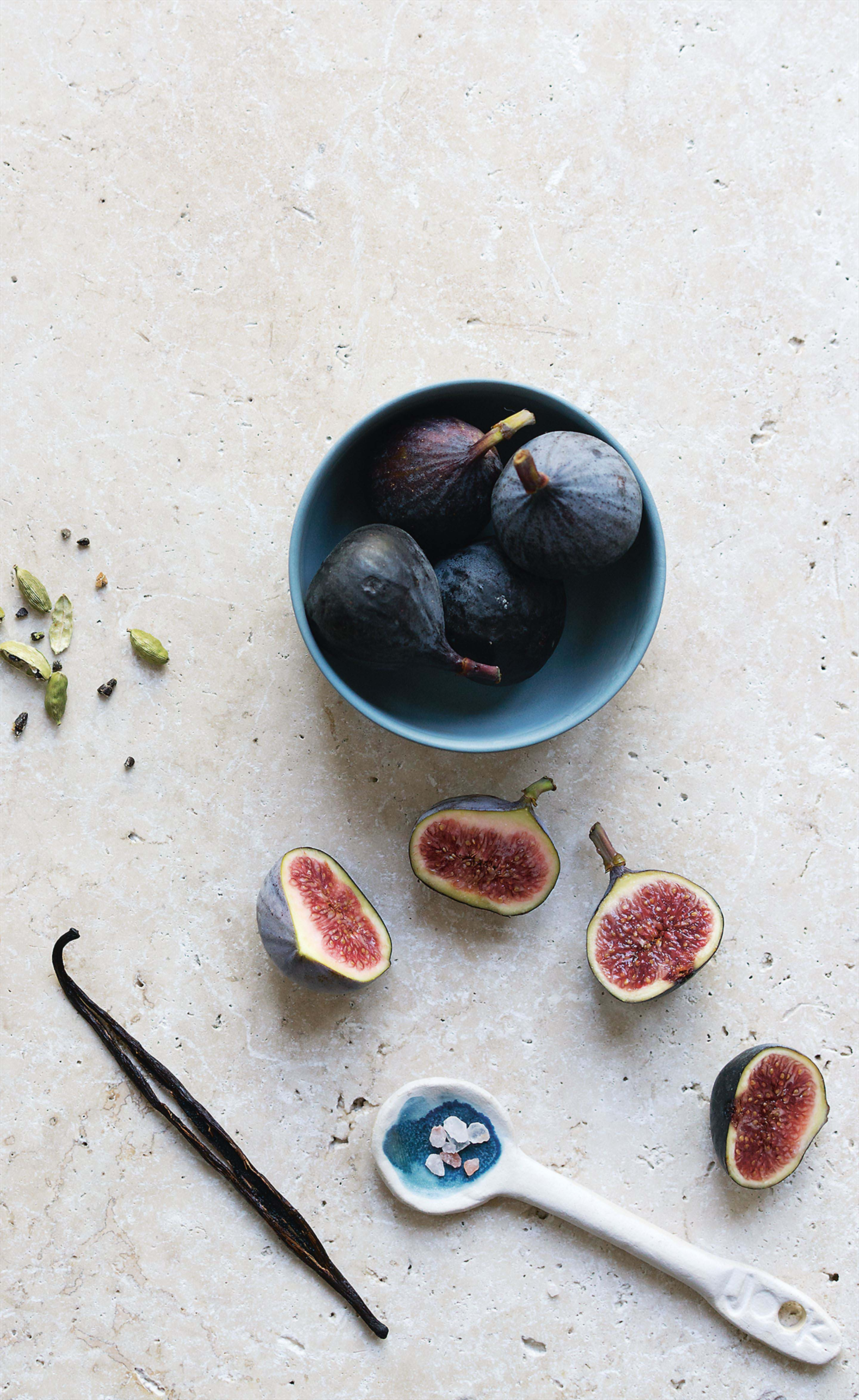 Tea-soaked figs