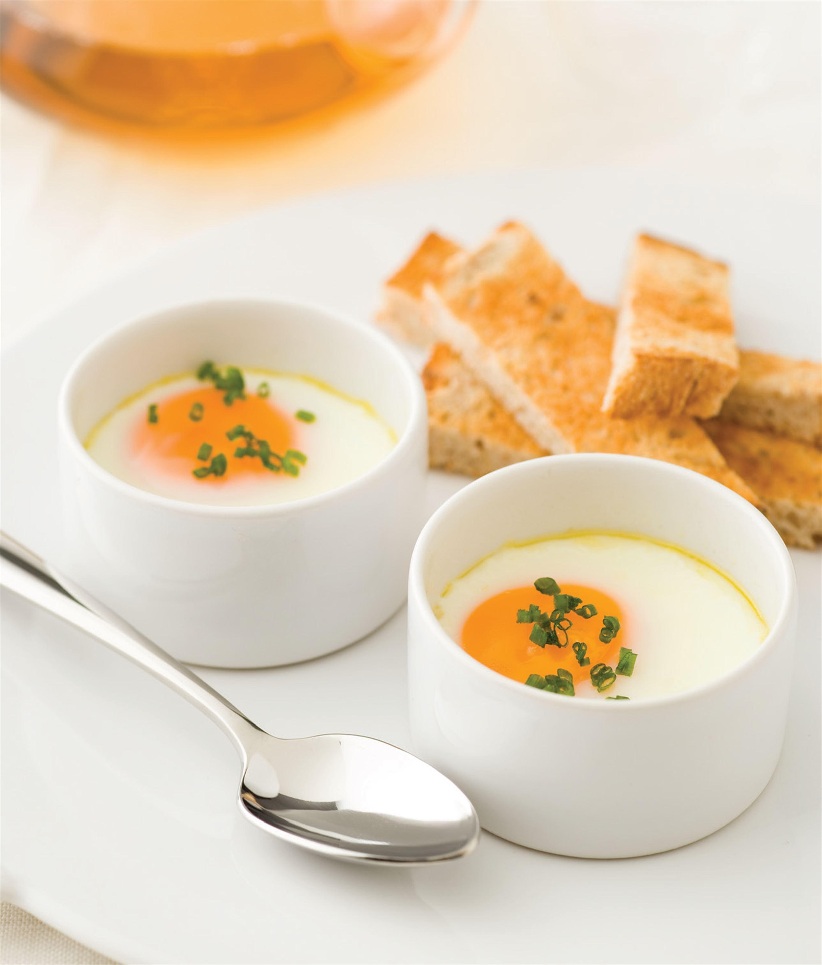 Eggs en cocotte with toast