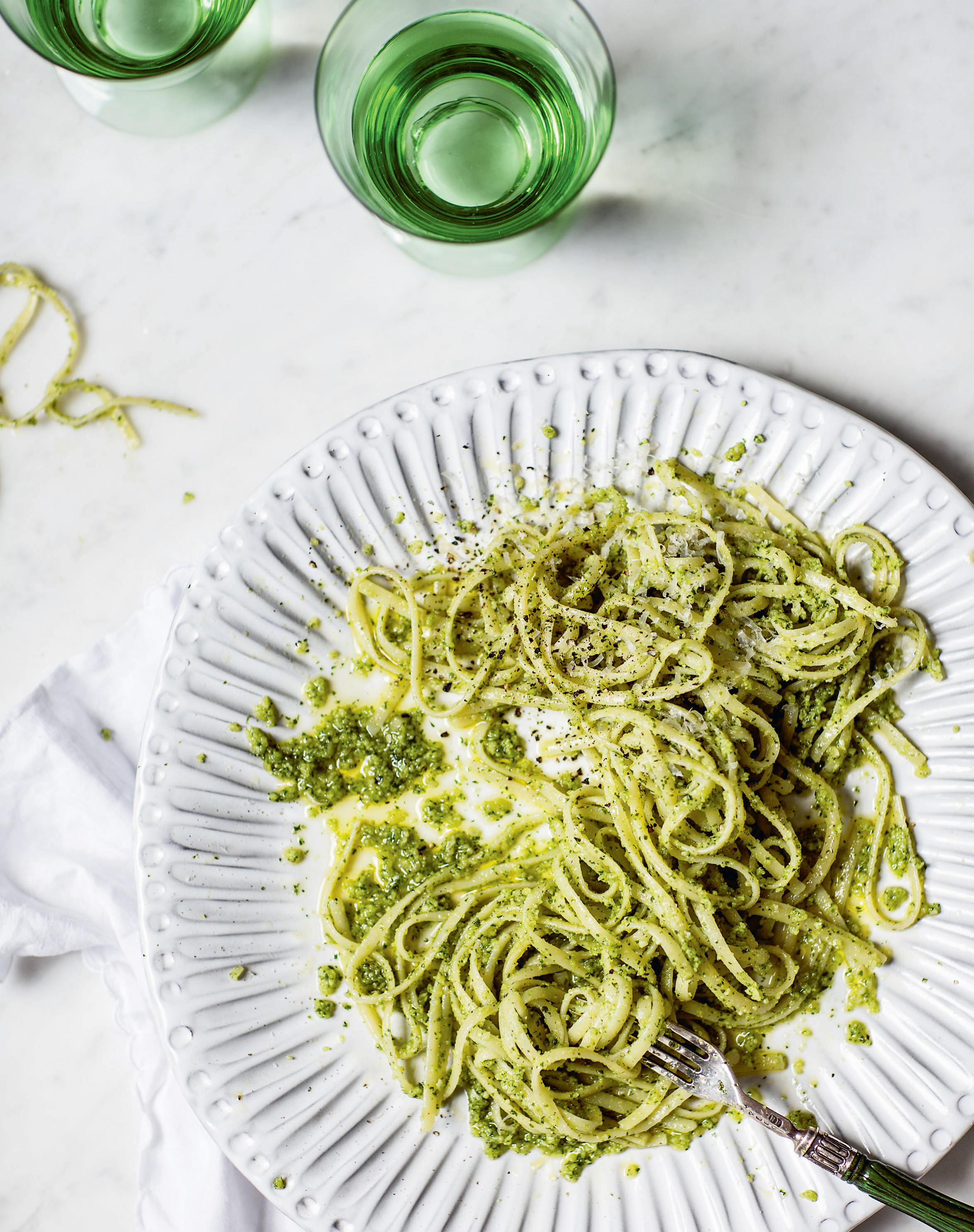 Kale + almond pesto linguine