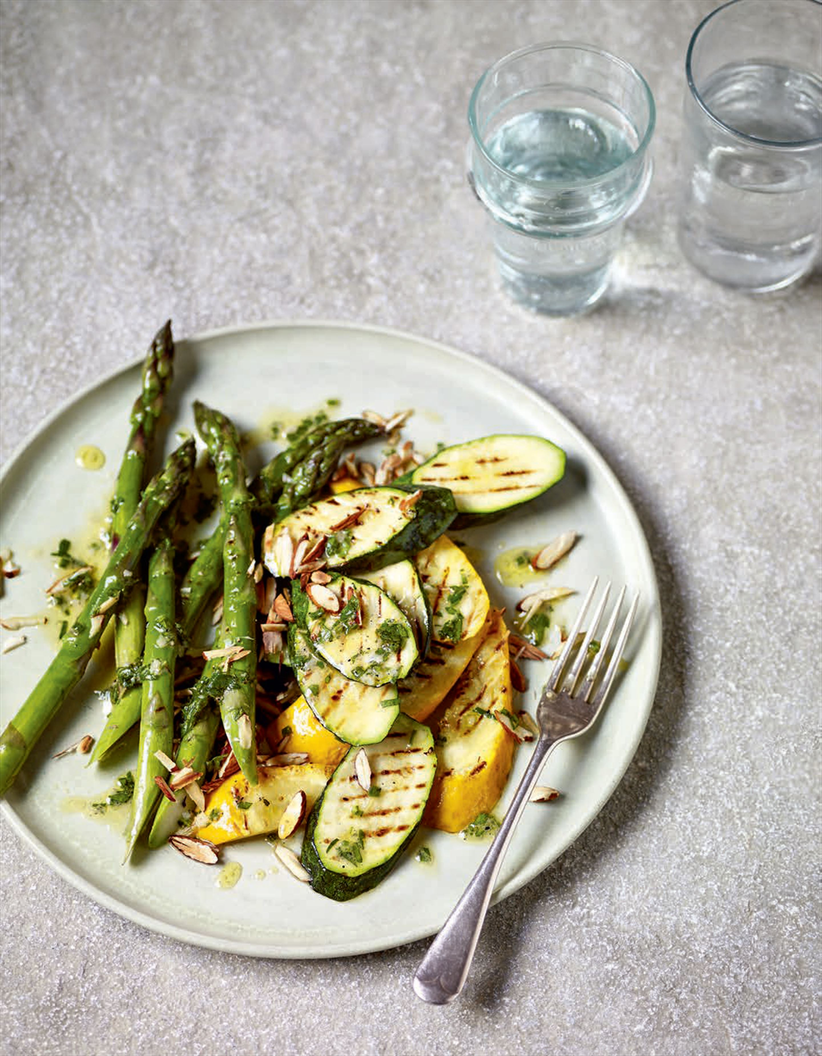 Chargrilled courgettes and asparagus with tarragon dressing