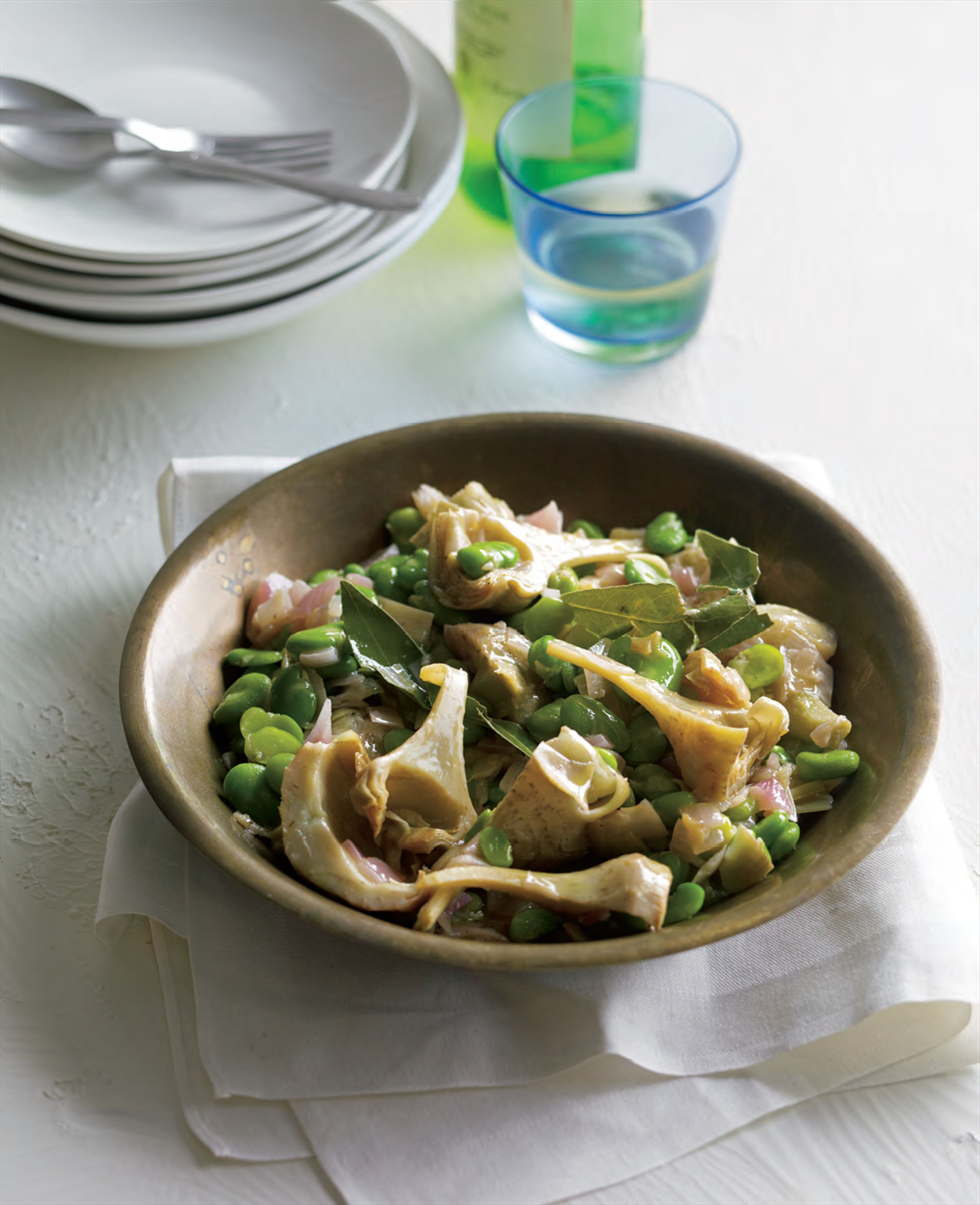 Artichokes with broad beans and lemon