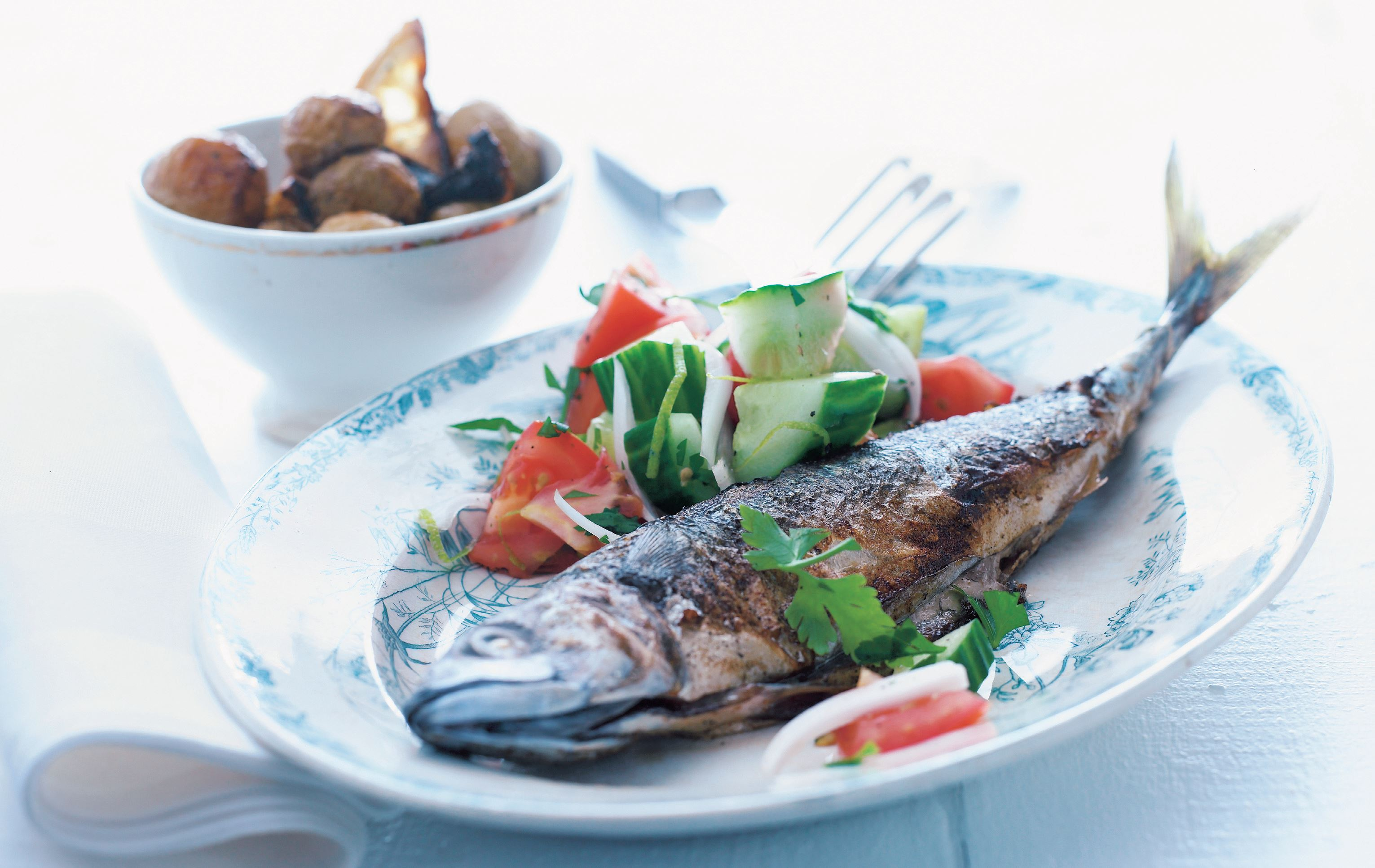 Fried mackerel with fresh summer salad