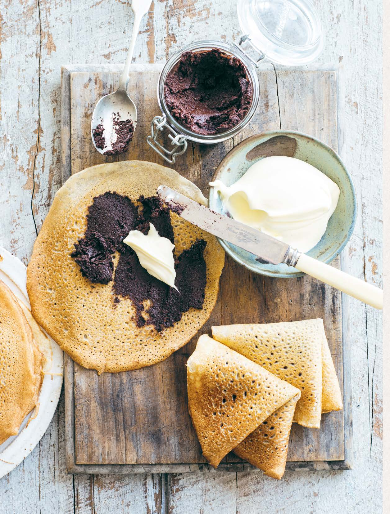 Buckwheat crêpes with raw chocolate–hazelnut spread and crème fraîche