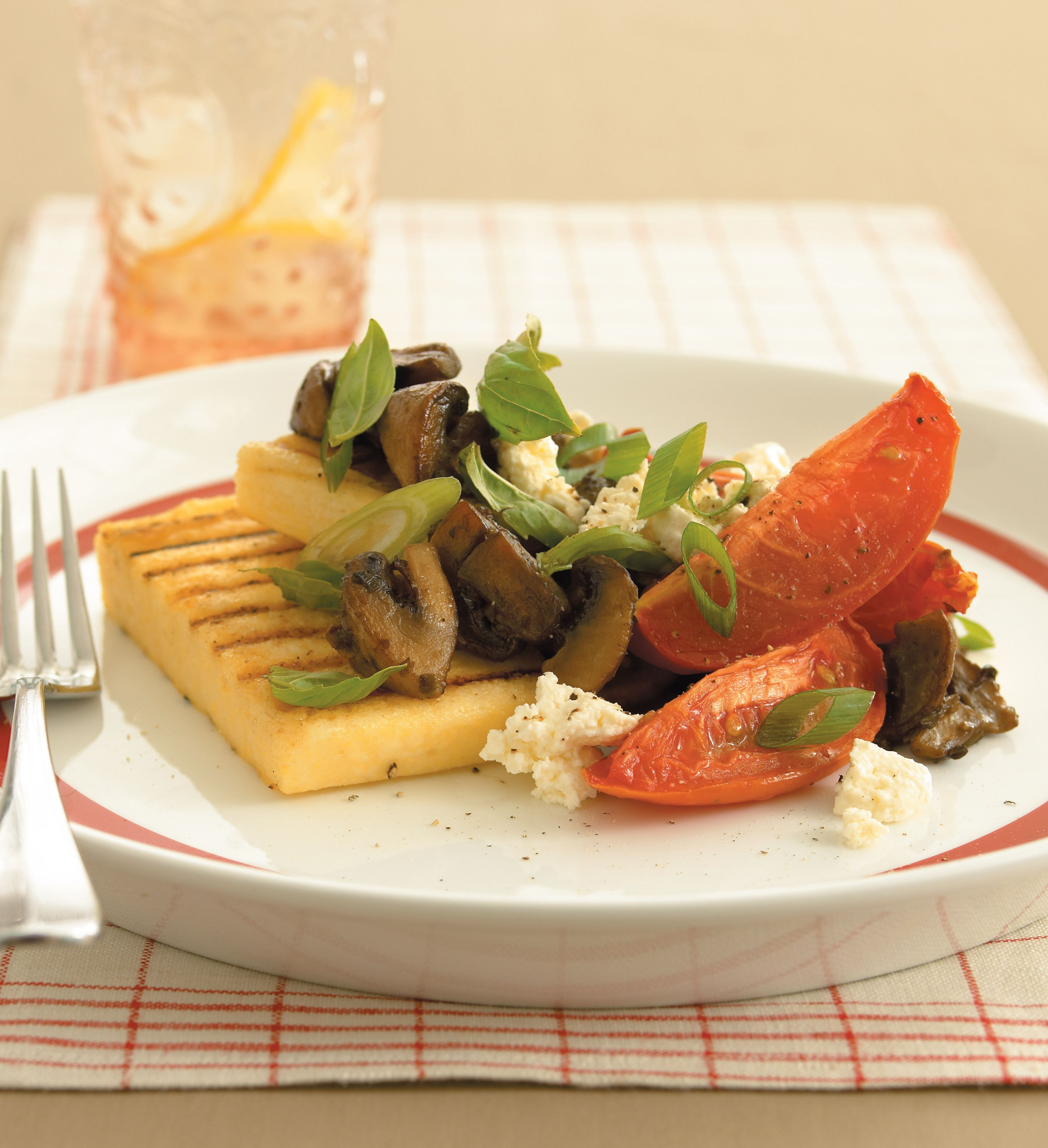 Polenta wedges with mushroom sauce