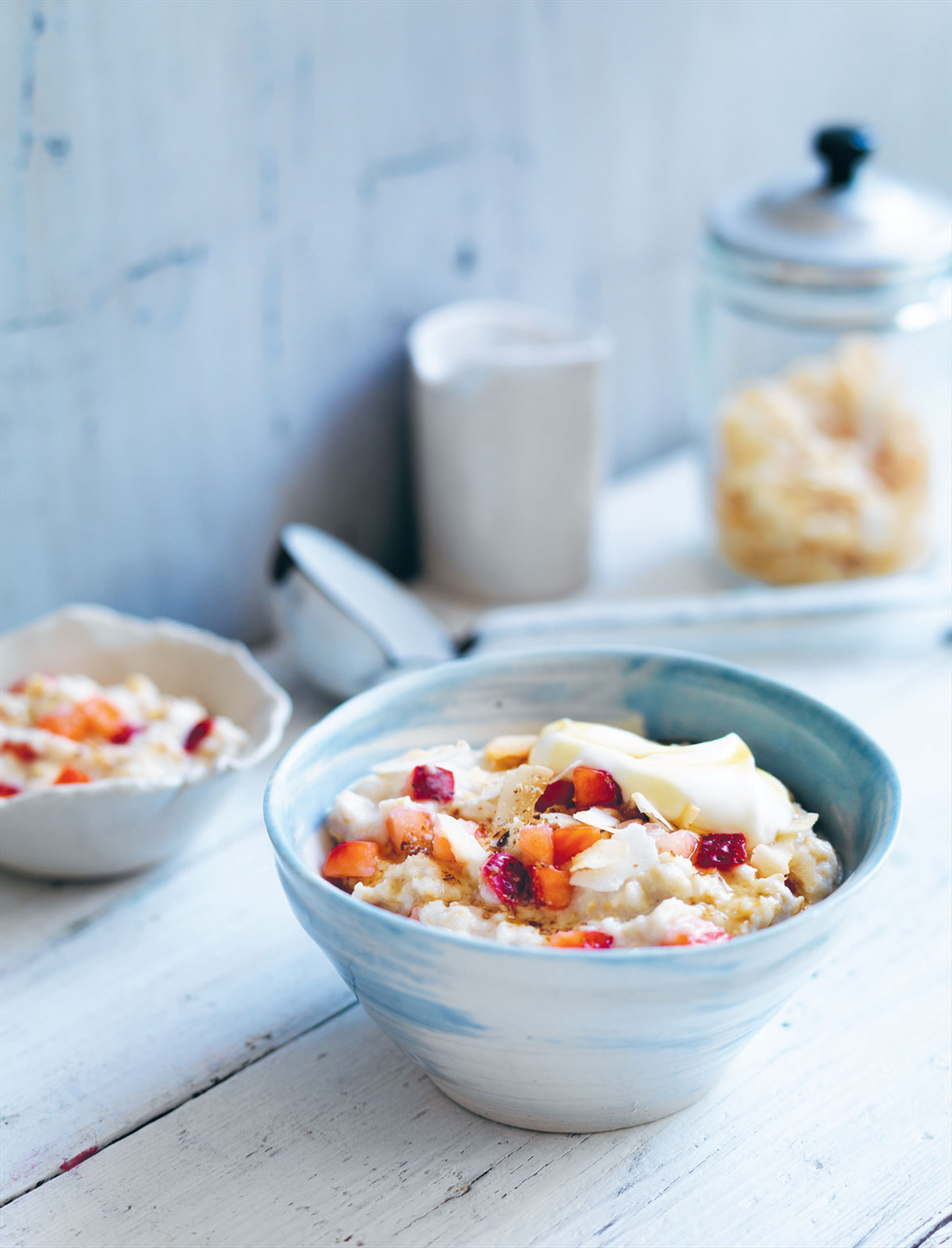 Strawberry coconut porridge