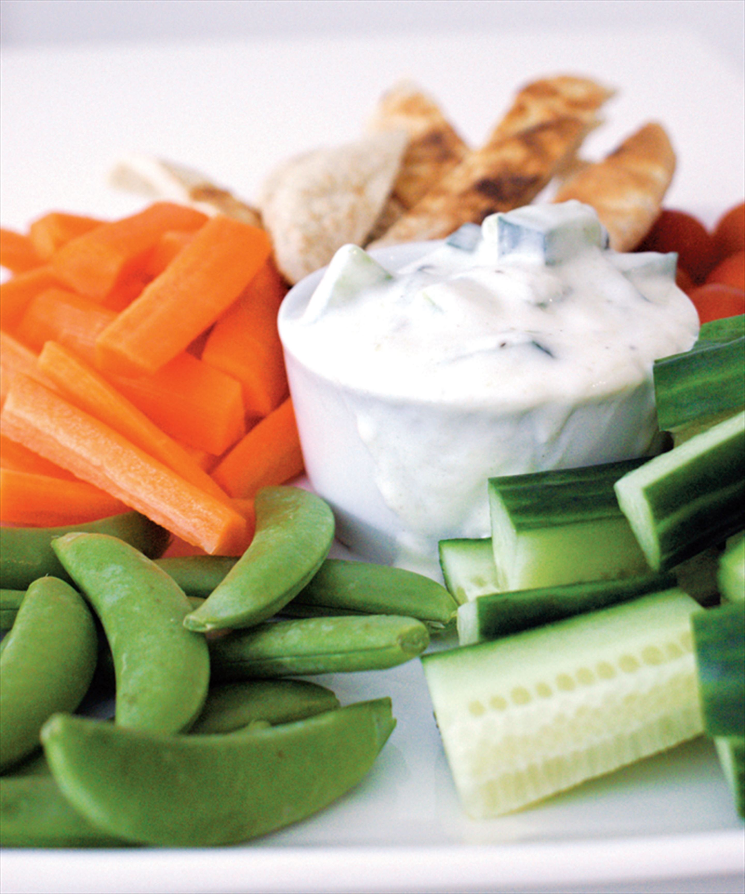 Crudité selection with tzatziki