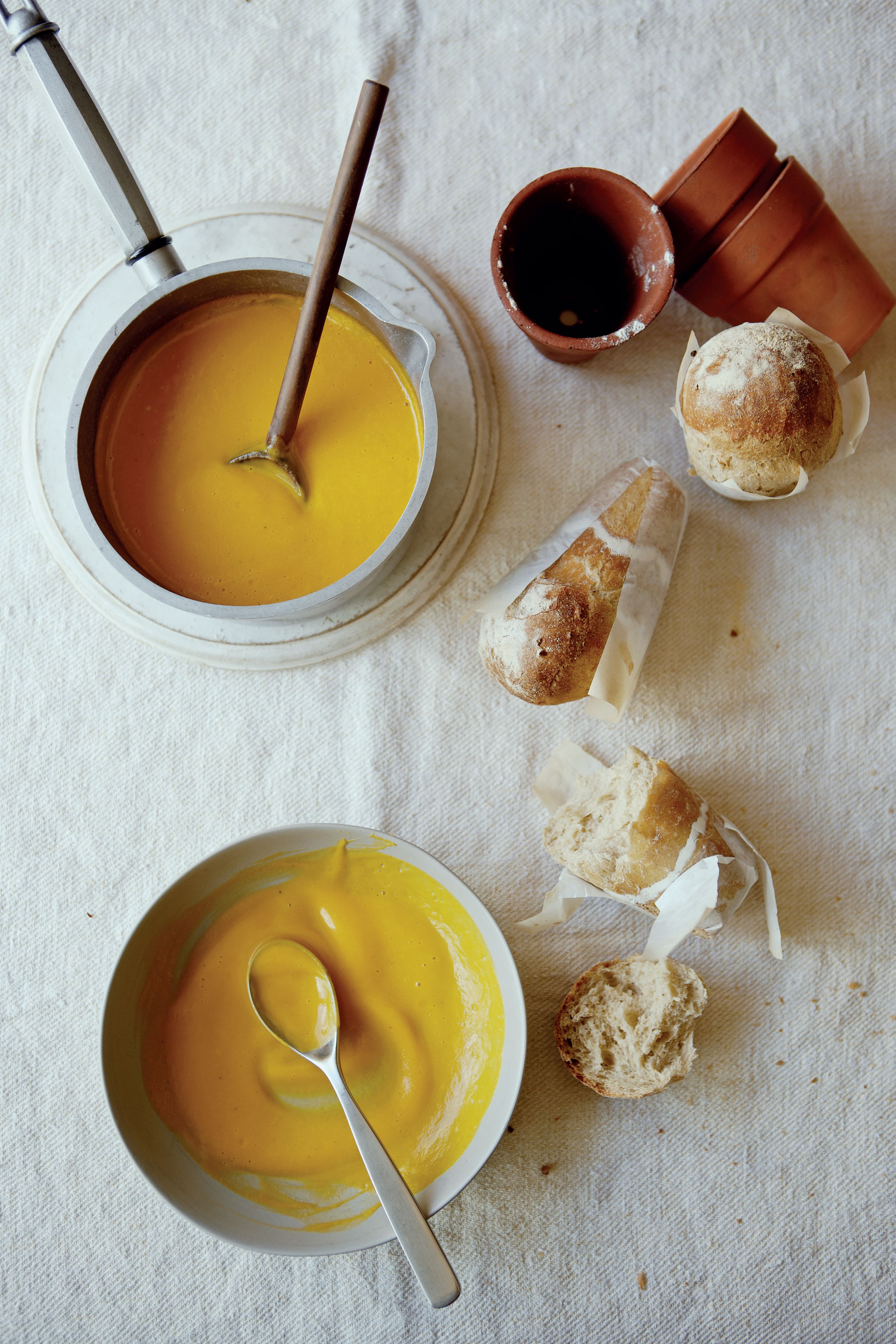 Butternut squash soup with flowerpot bread