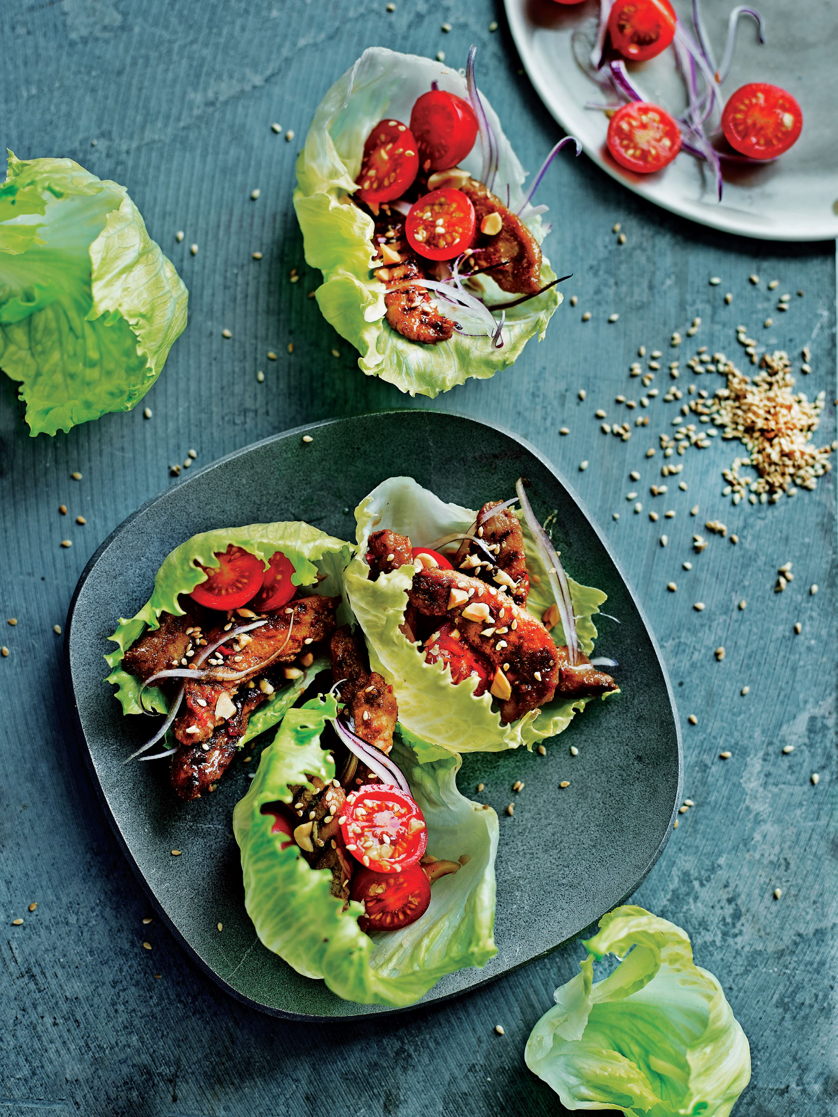Cheeky chicken and lettuce roll-ups