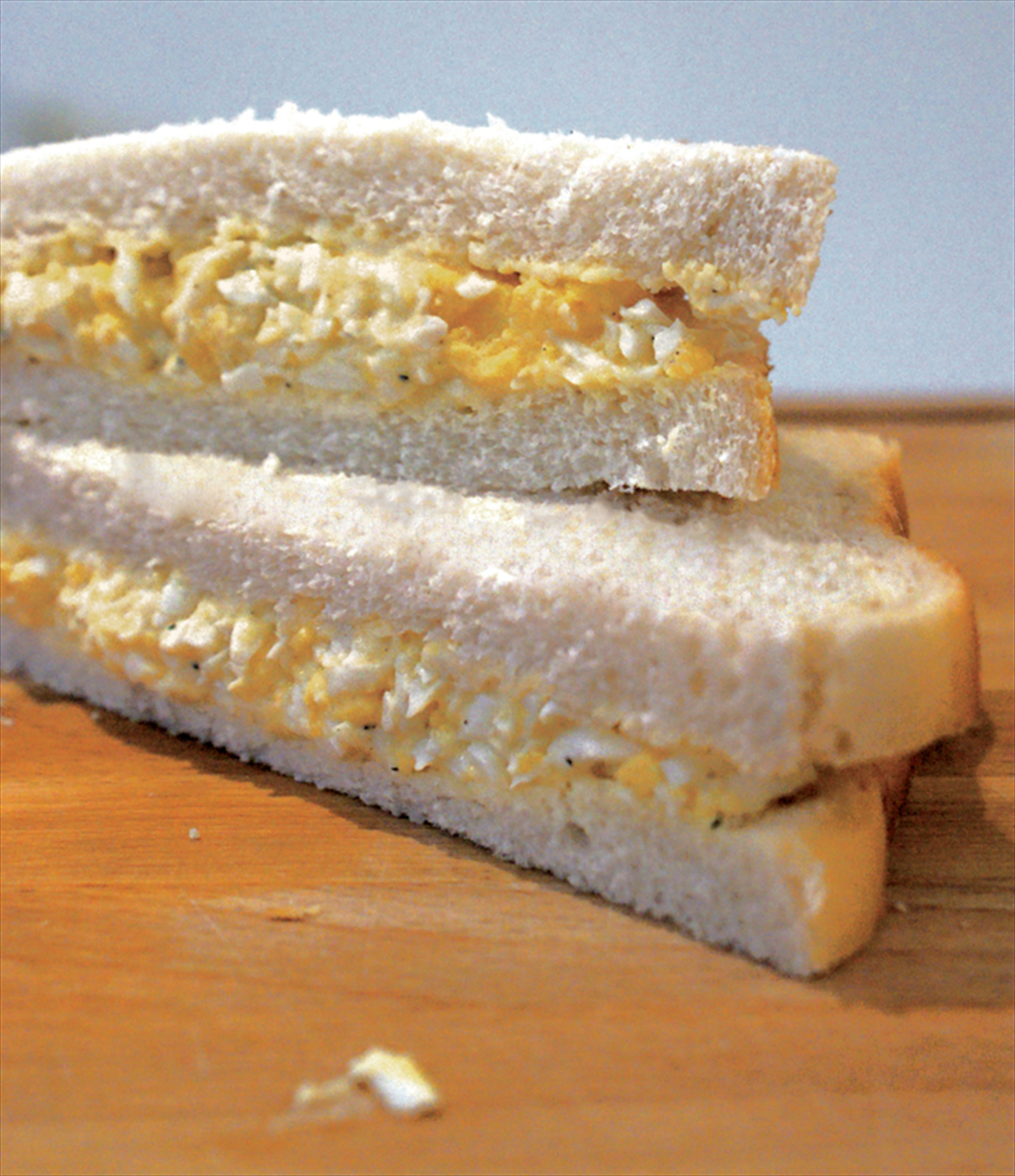 Egg mayonnaise sandwiches