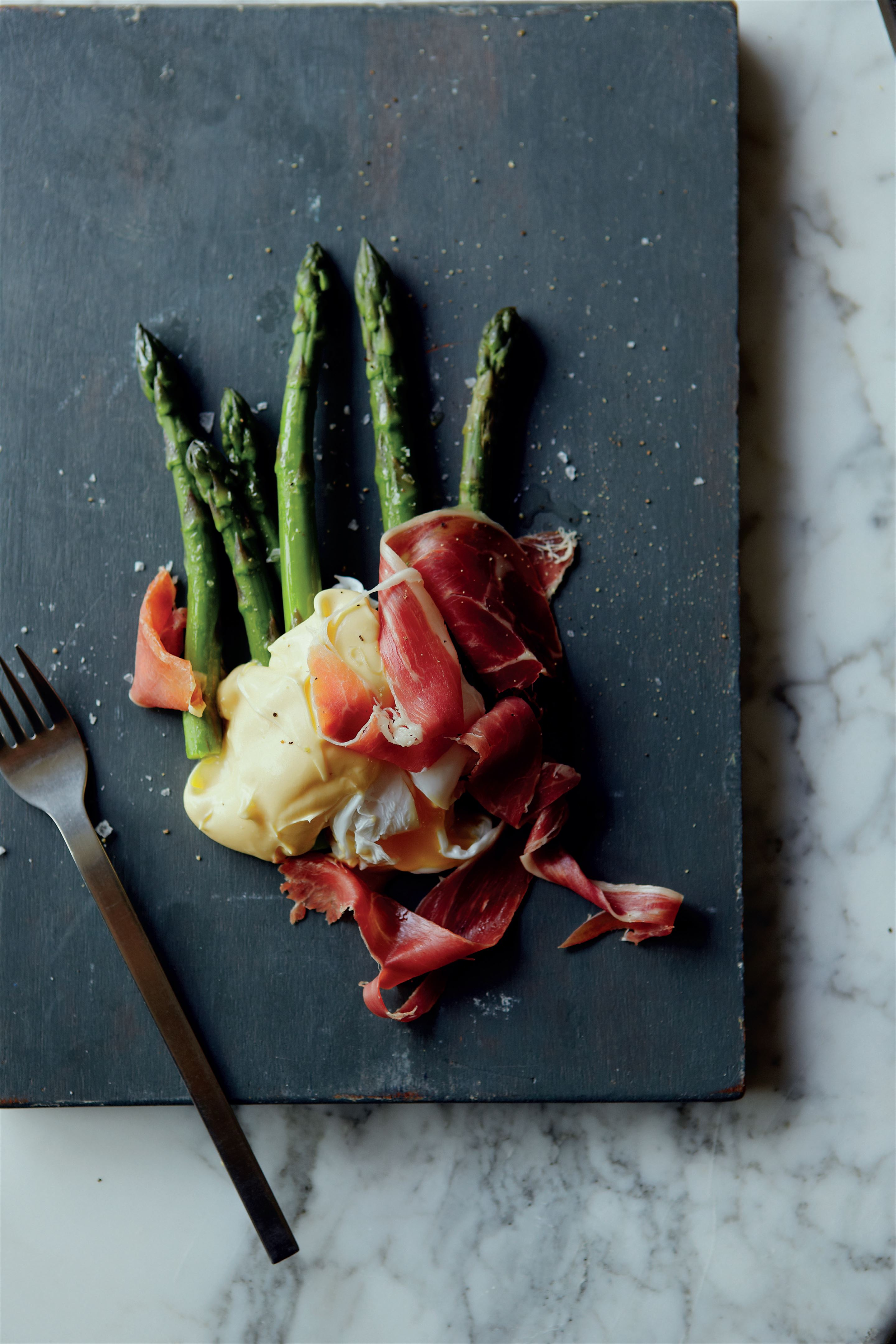 Asparagus, cured ham, poached duck egg and hollandaise