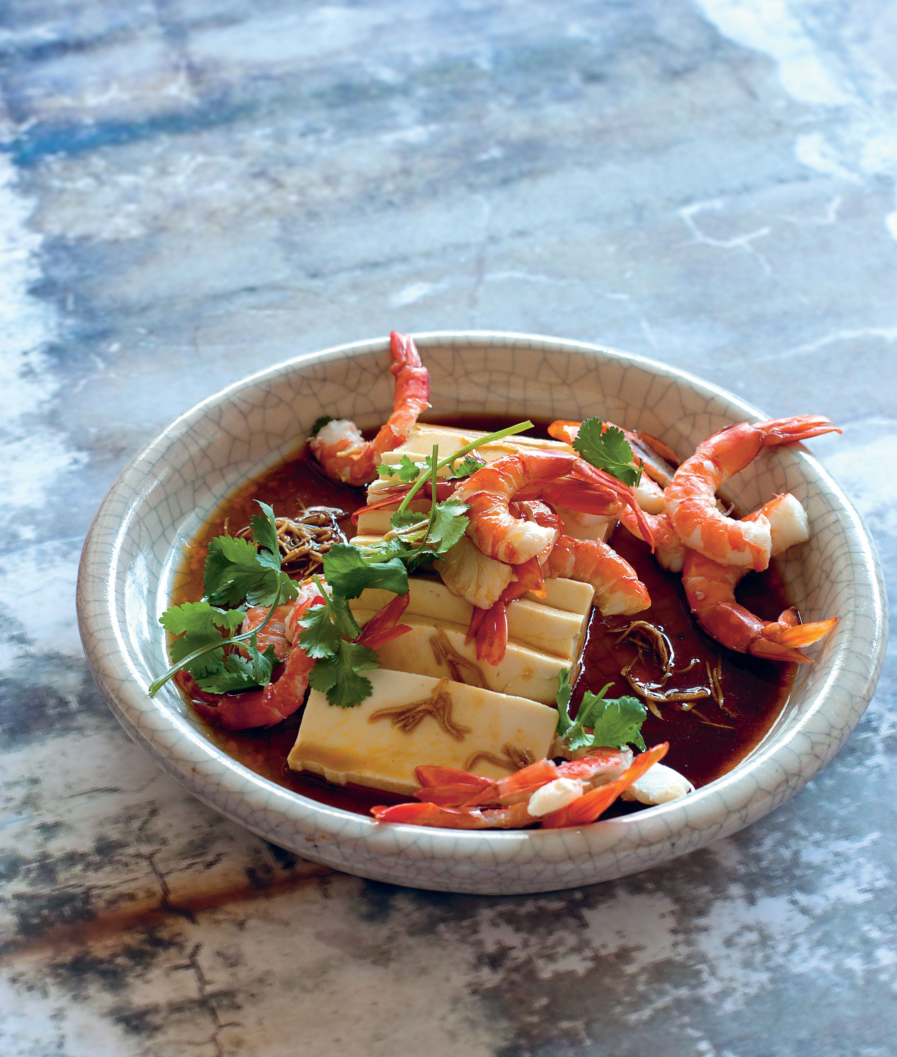 Cold tofu with prawns and hot–sour dressing