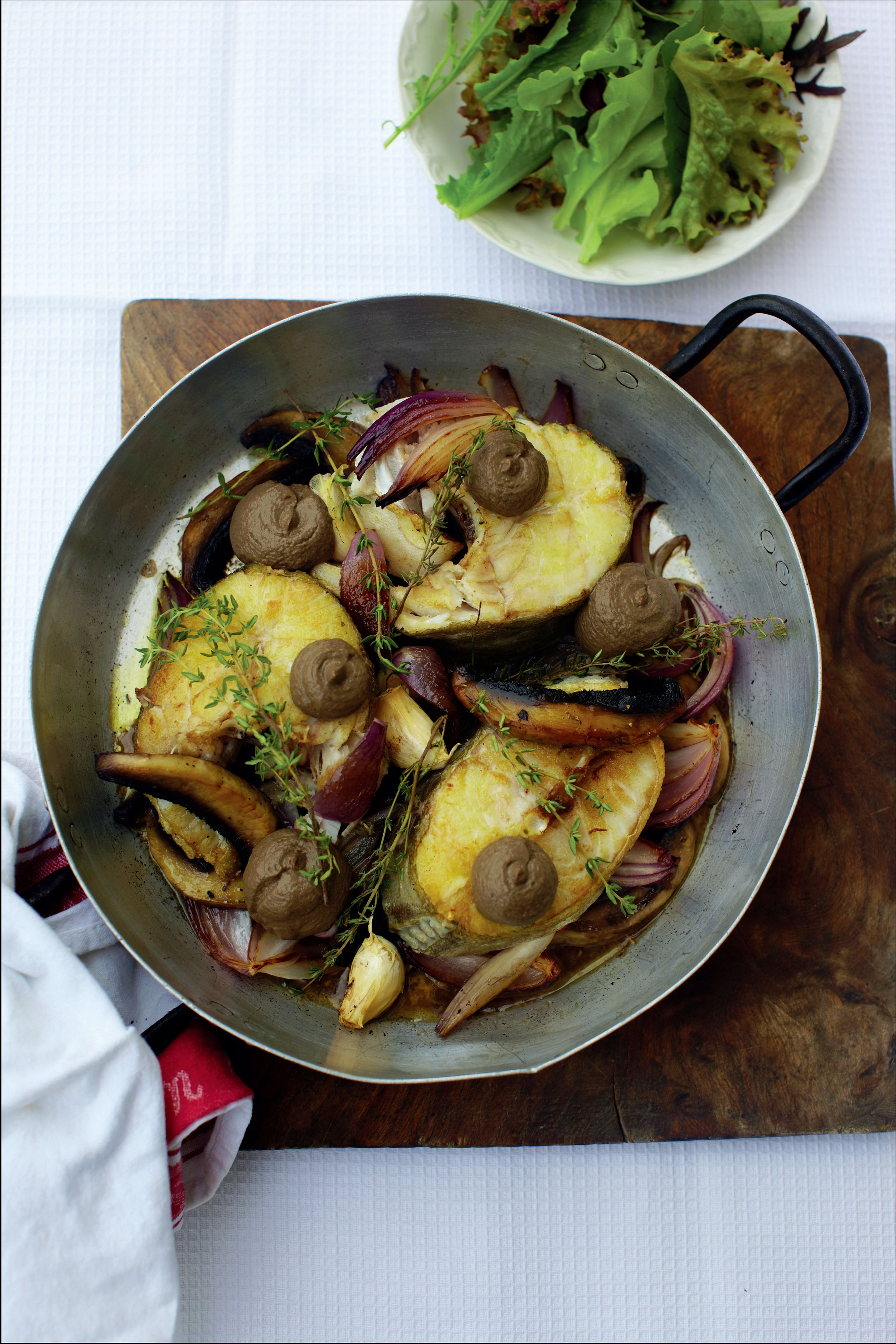 Baked cod steak with portabella mushrooms, red onions and thyme
