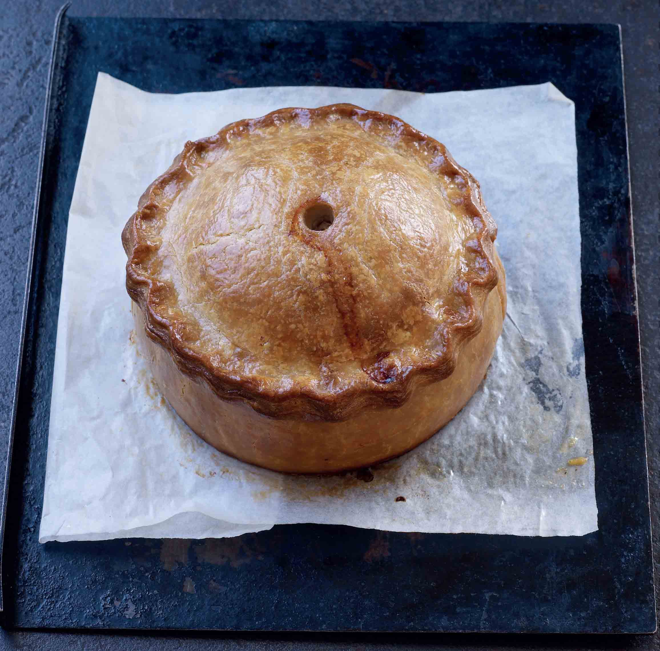 Veal and ham raised pie
