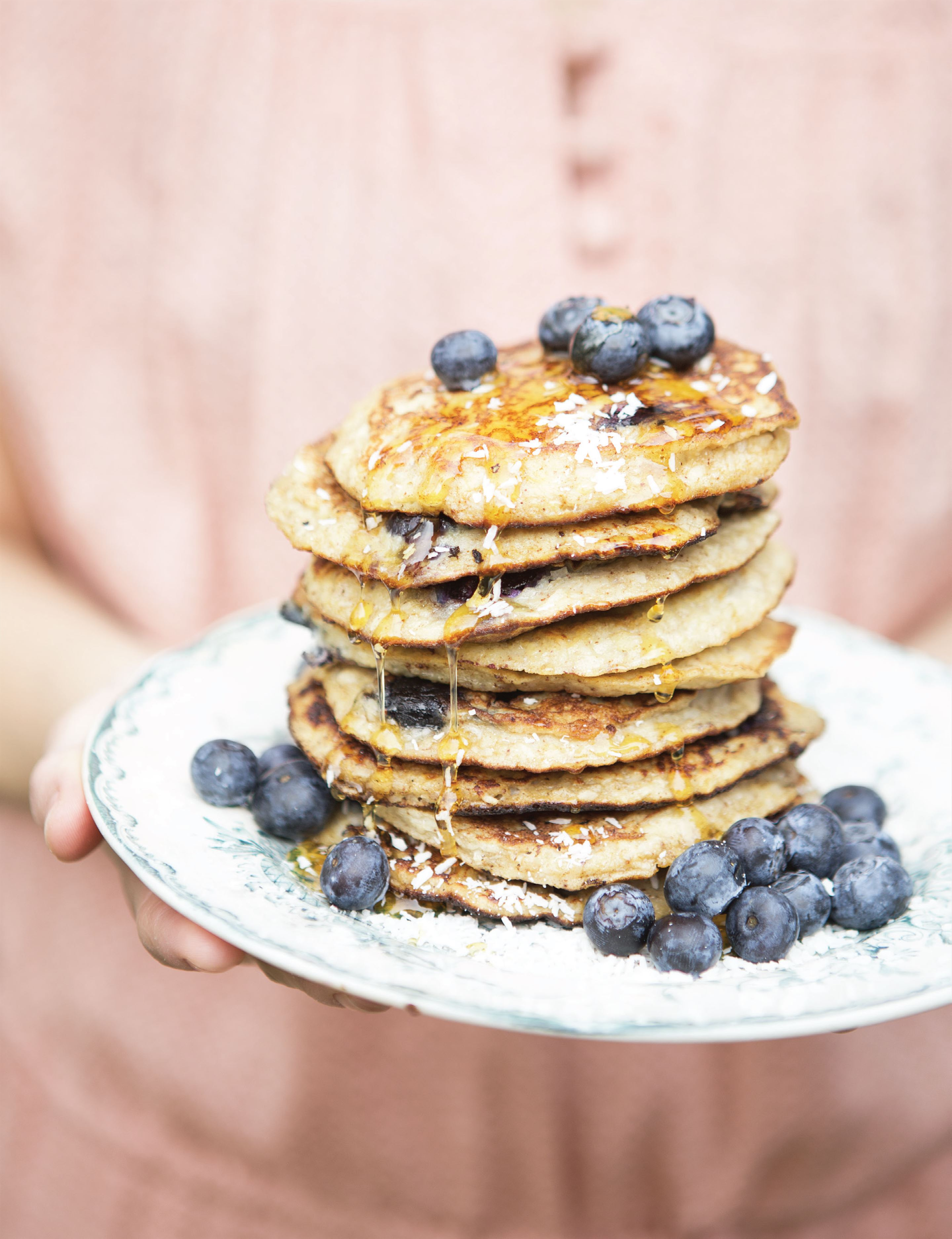Flour-free banana and coconut pancakes