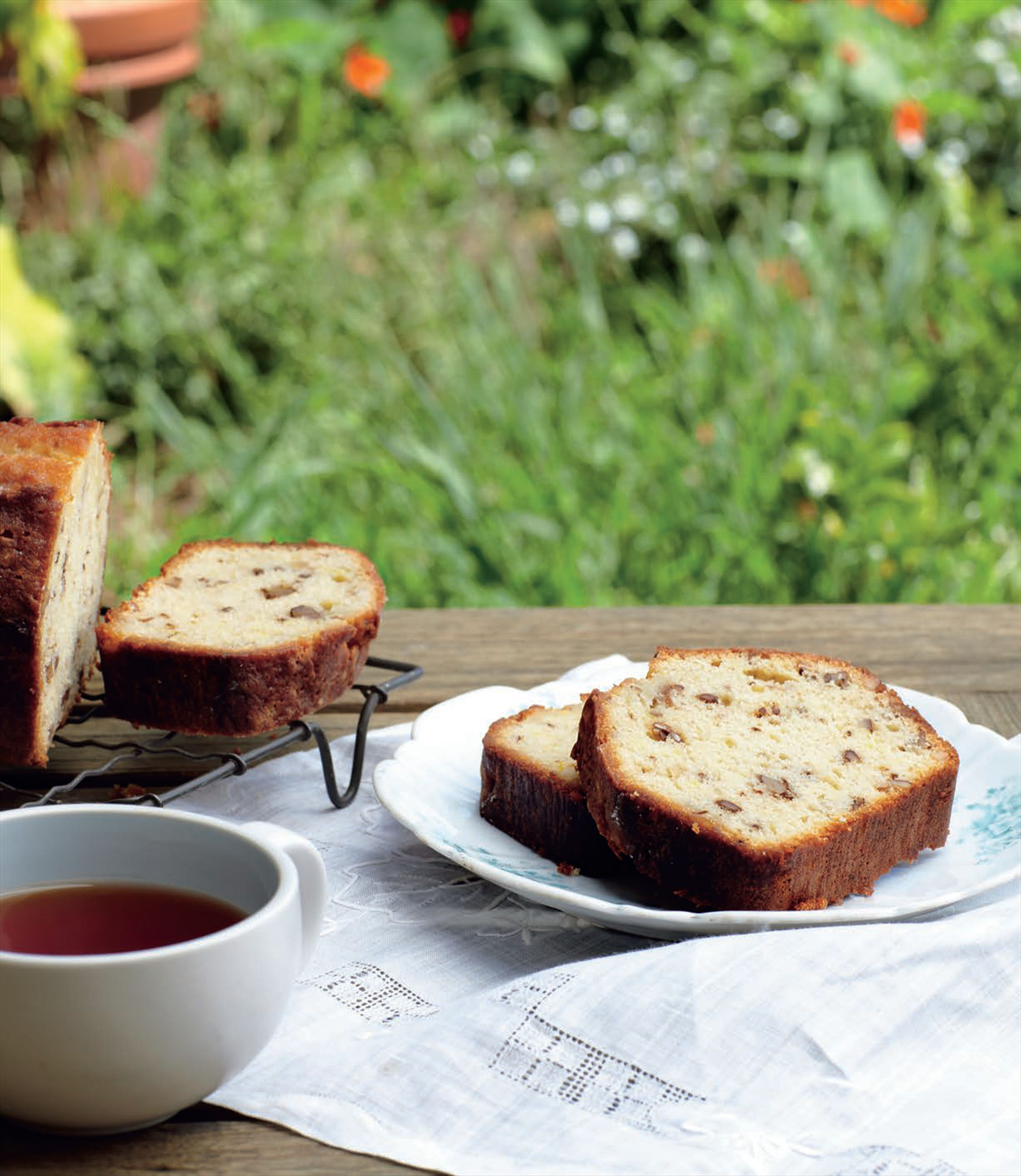 Lemon tea loaf