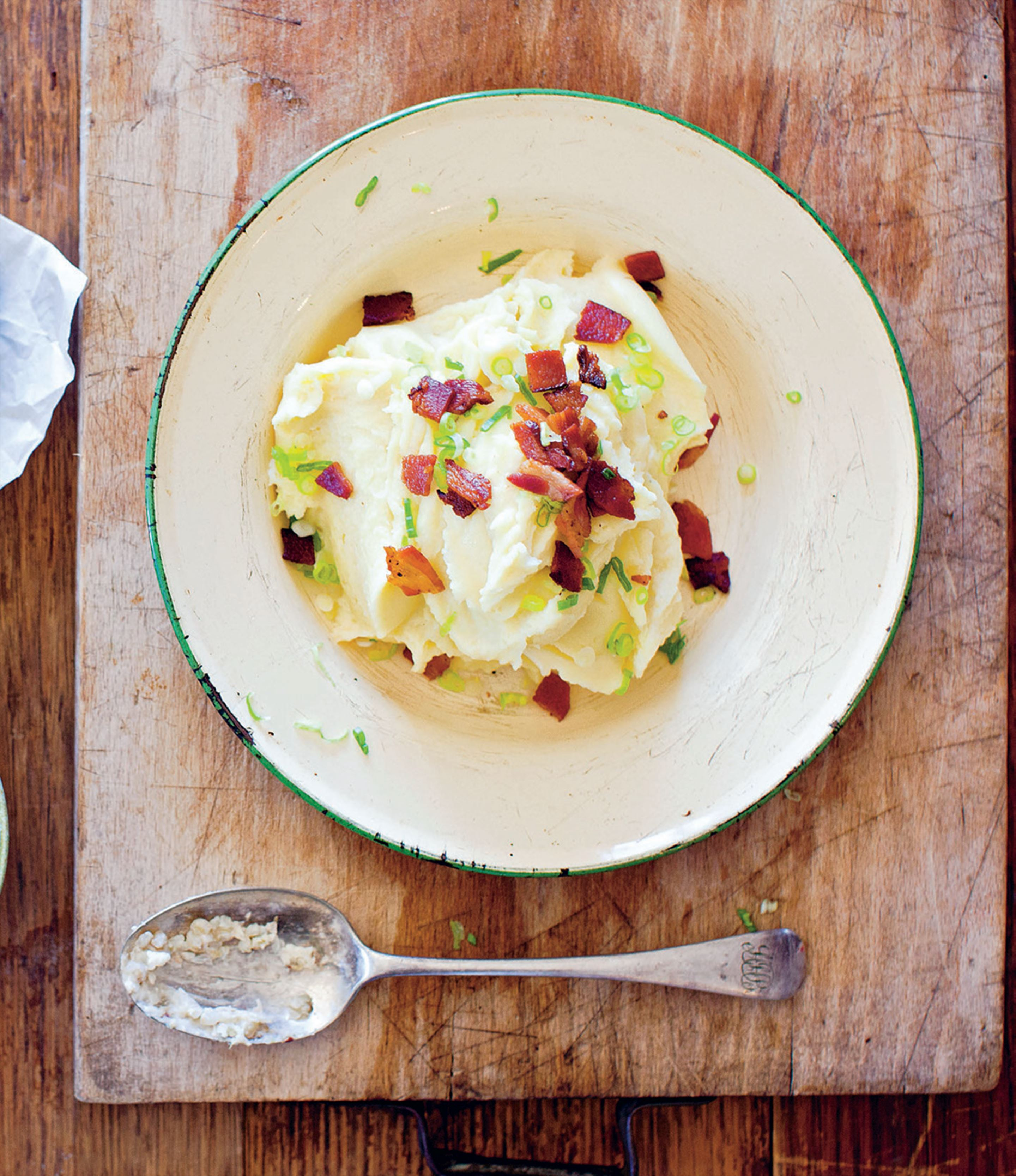 Mashed potato with bacon and spring onion