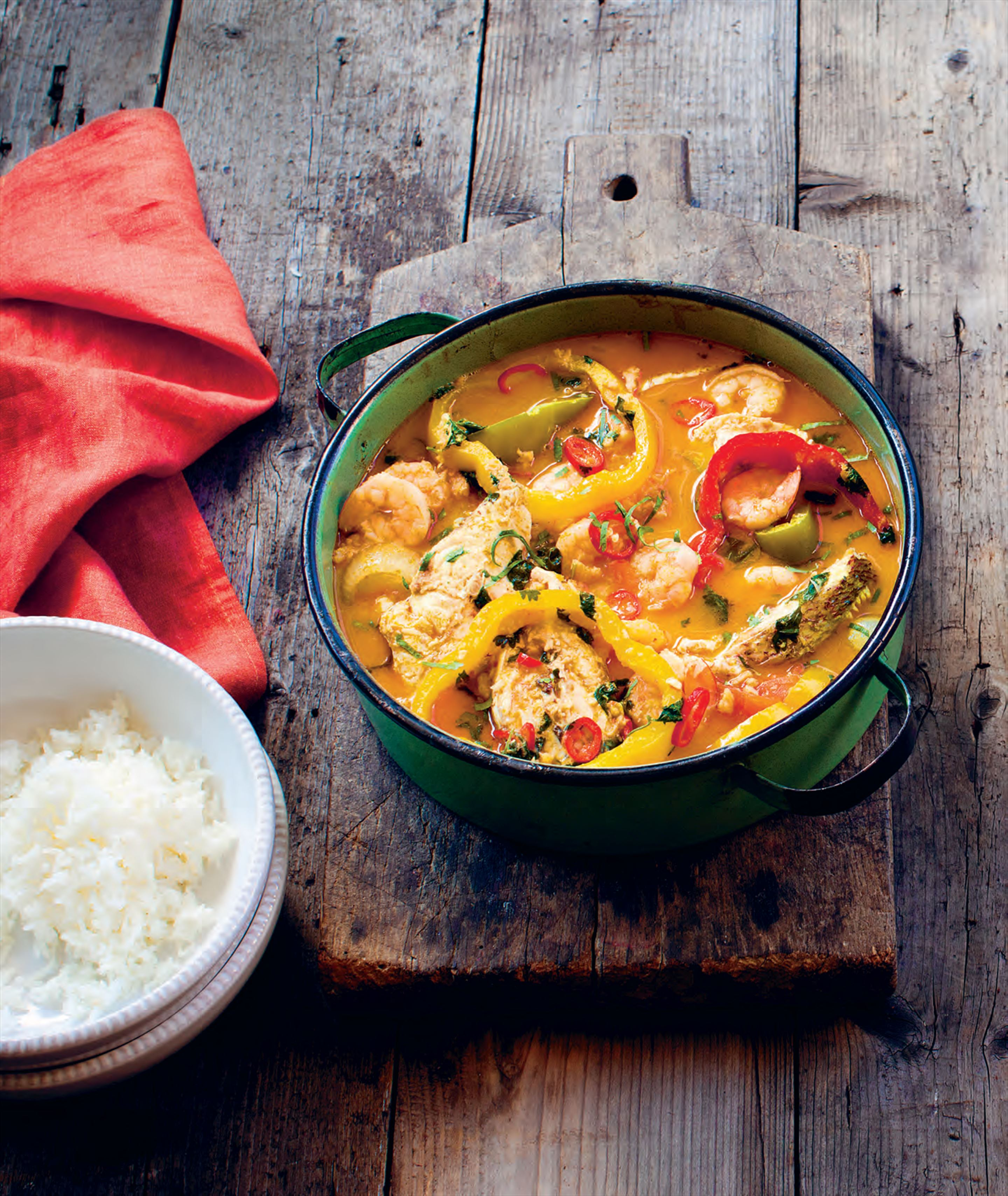 Seafood coconut stew with manioc paste