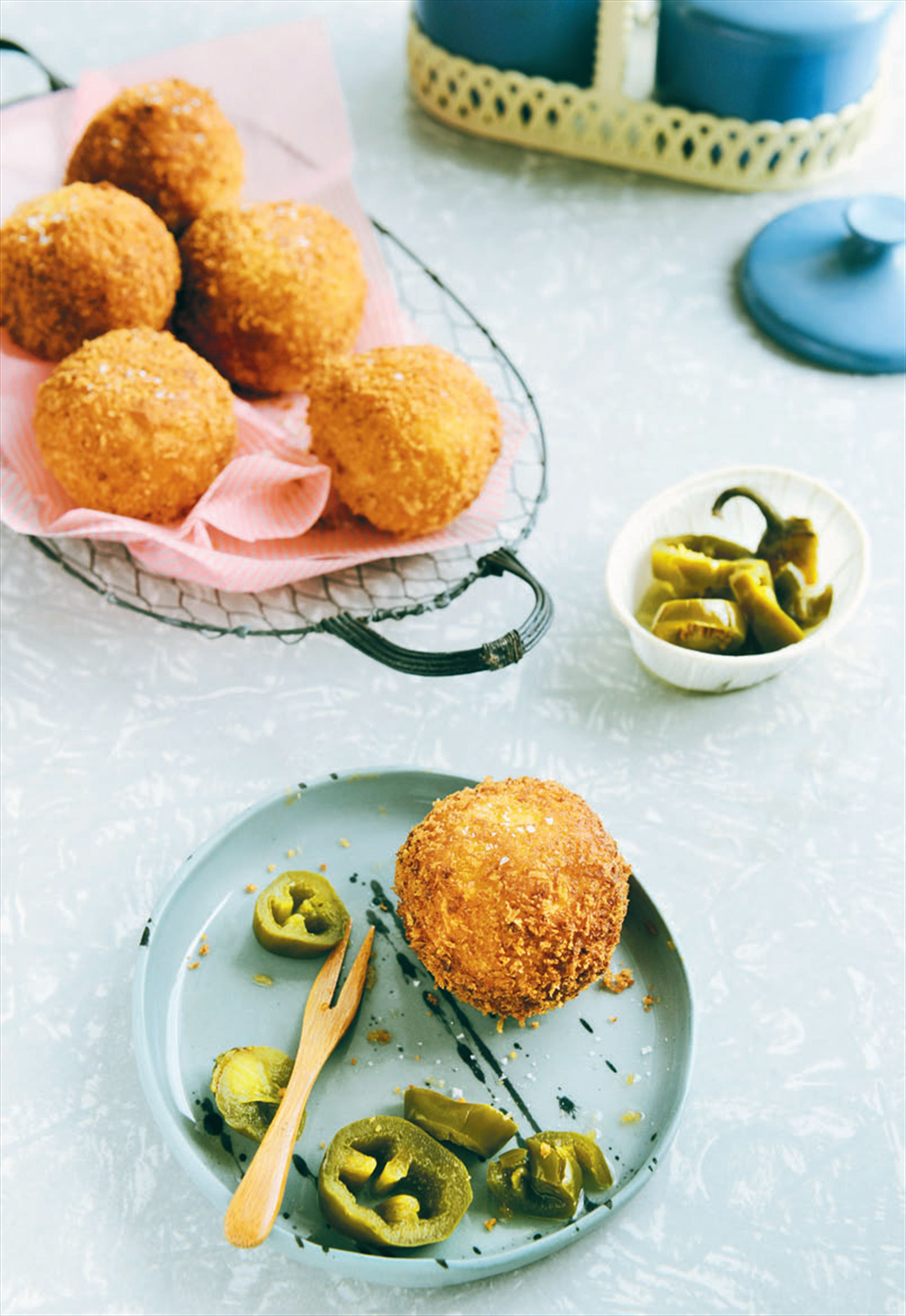 Chilli cheese croquettes