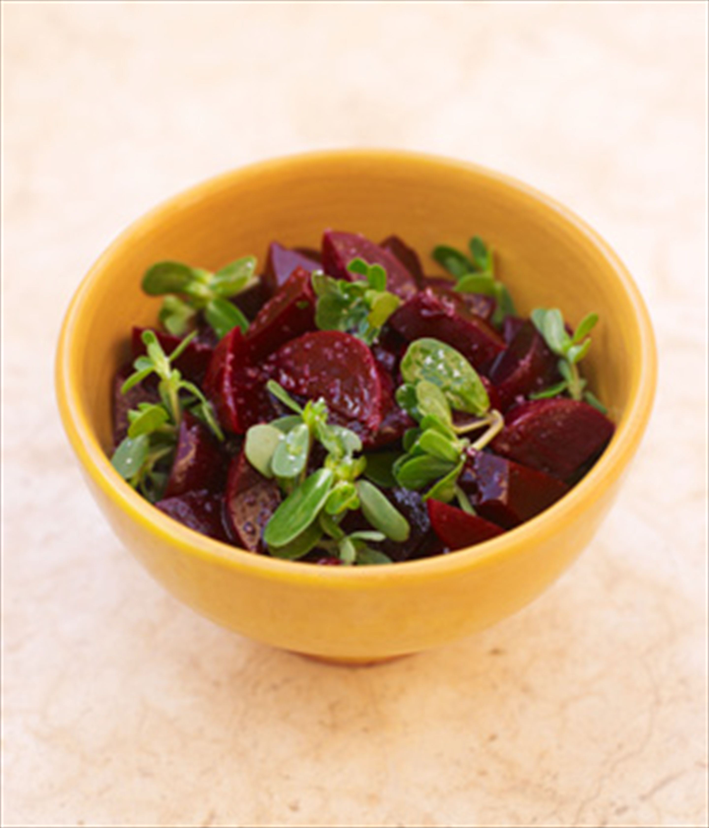 Beetroot & purslane salad