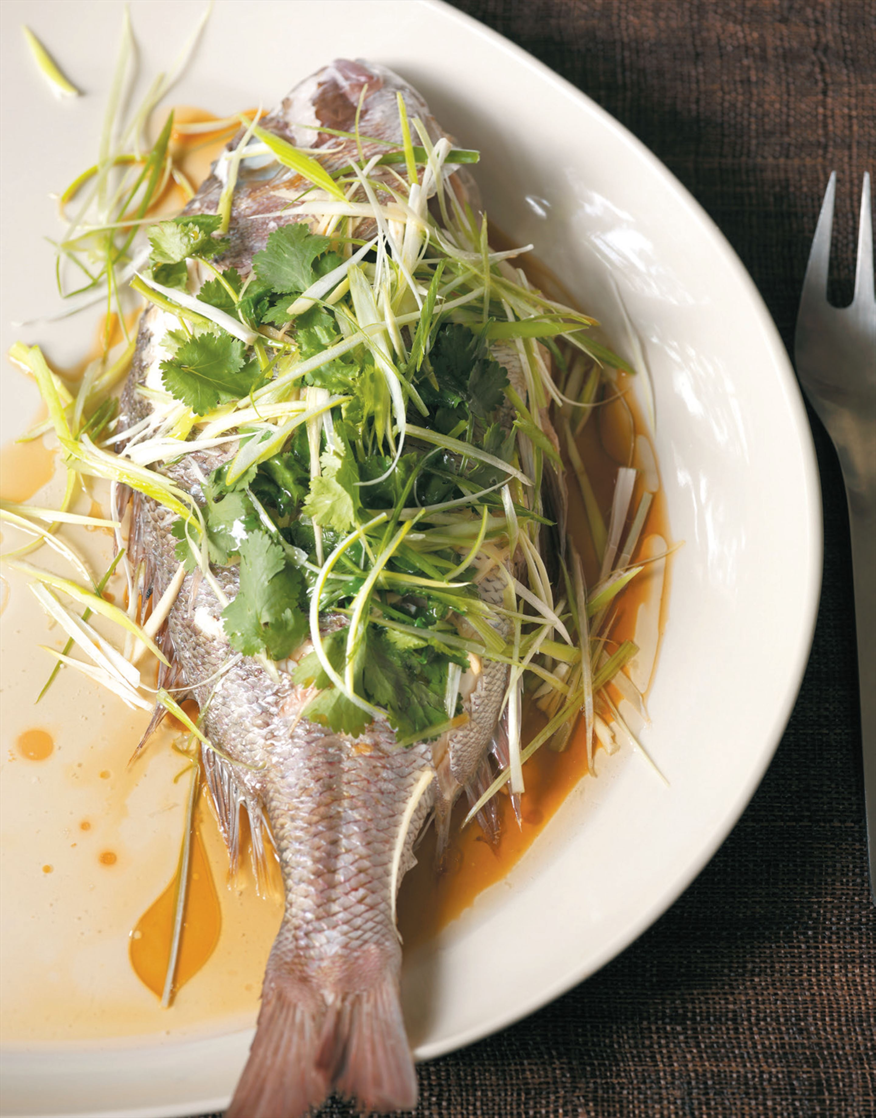 Steamed fish coriander
