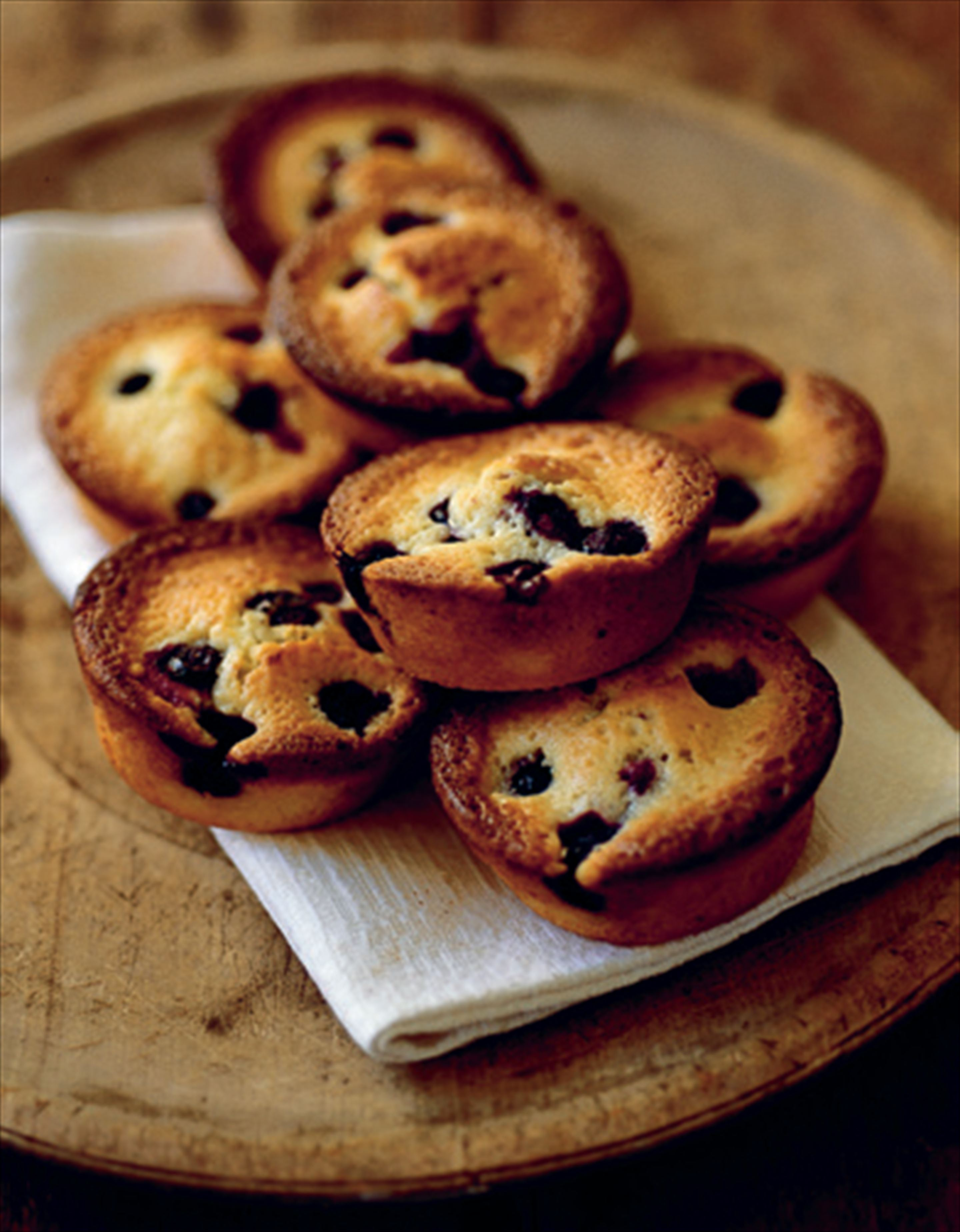 Almond blueberry muffins