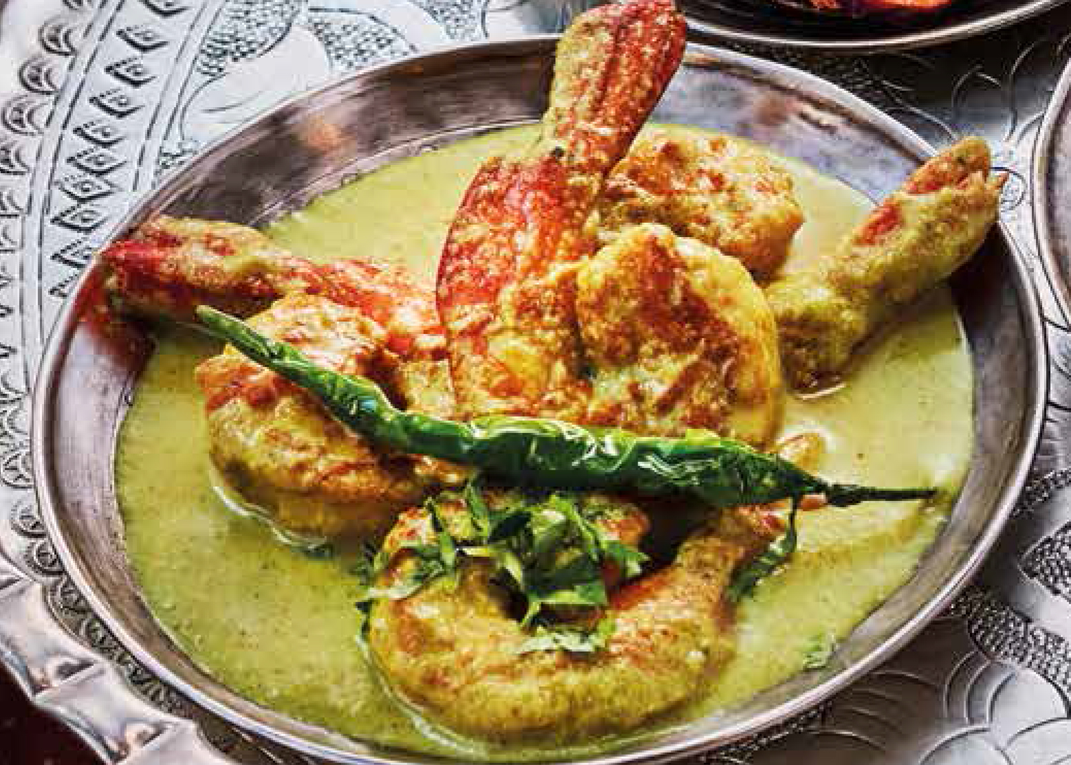 Prawns in coconut curry sauce