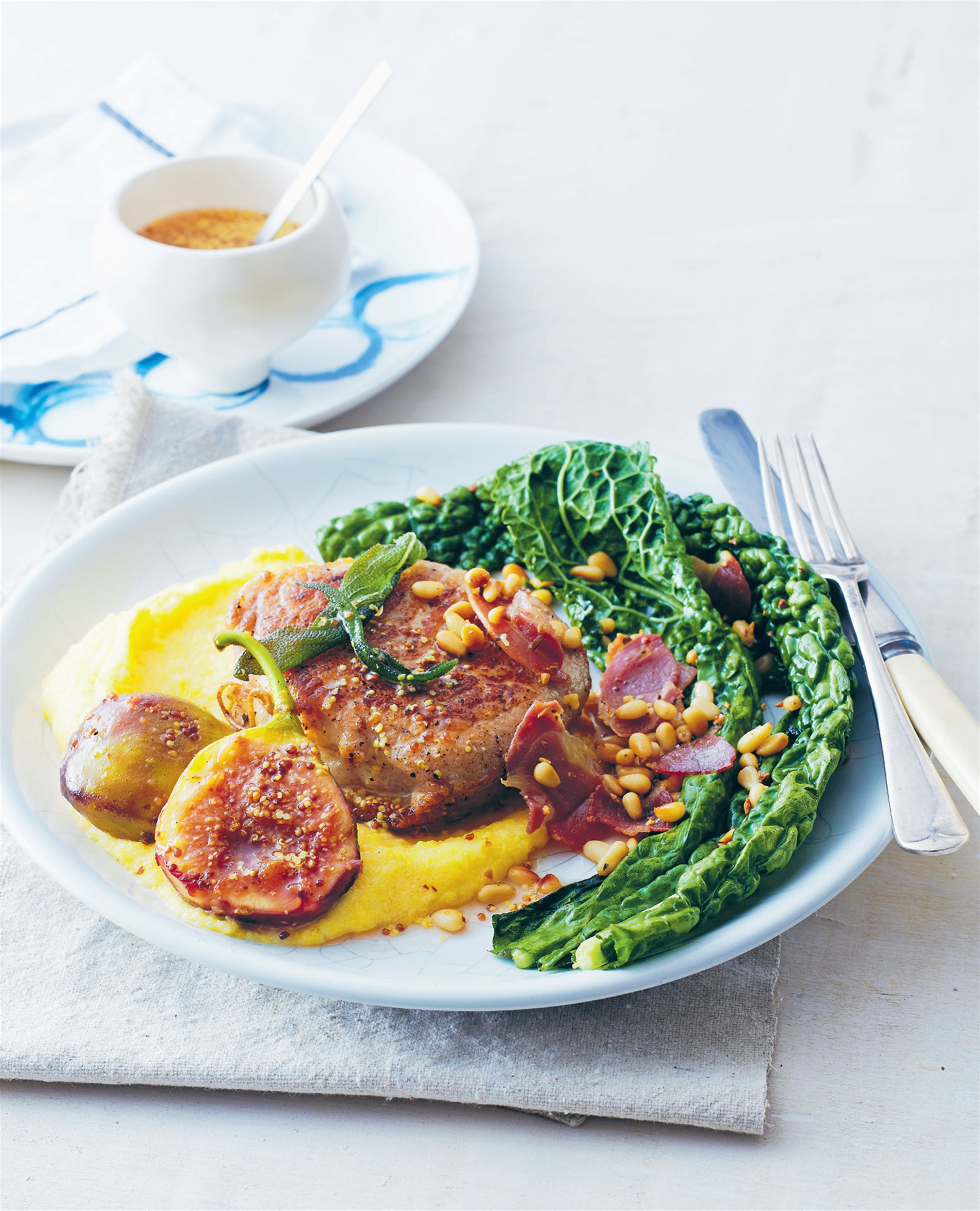 The perfect pork steak with figs and soft polenta