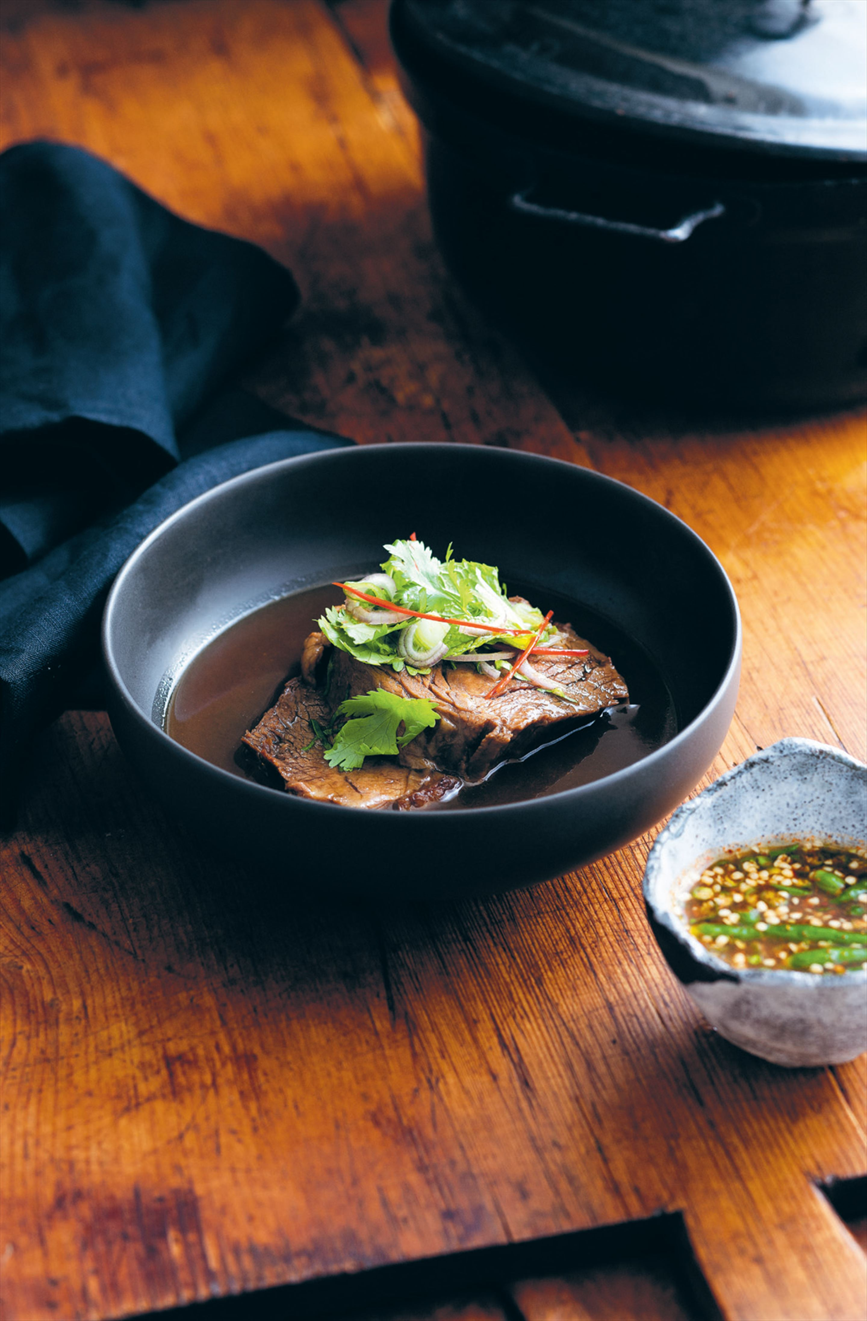 Braised beef shin with a hot and sour salad