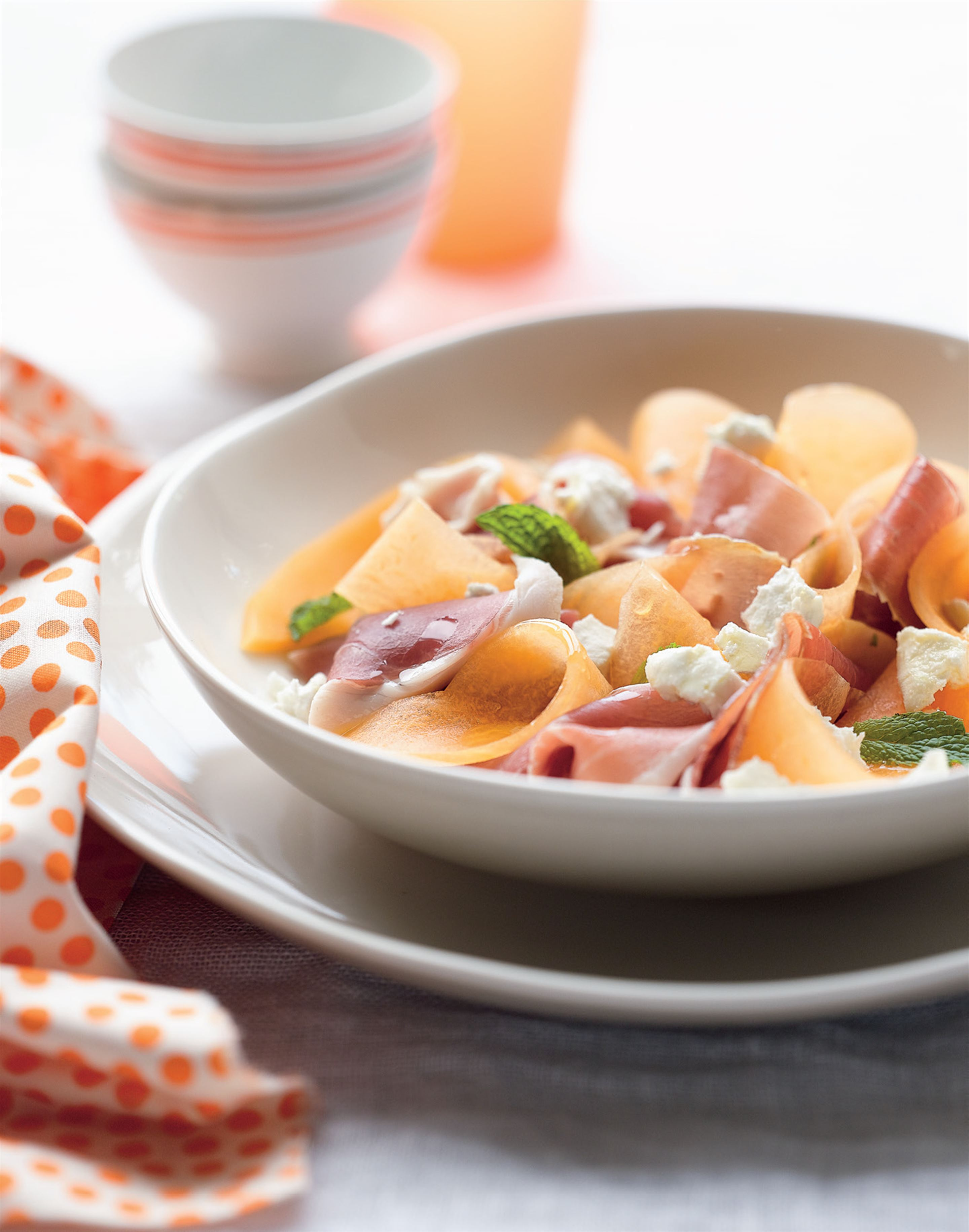 Prosciutto, melon and goat's cheese salad