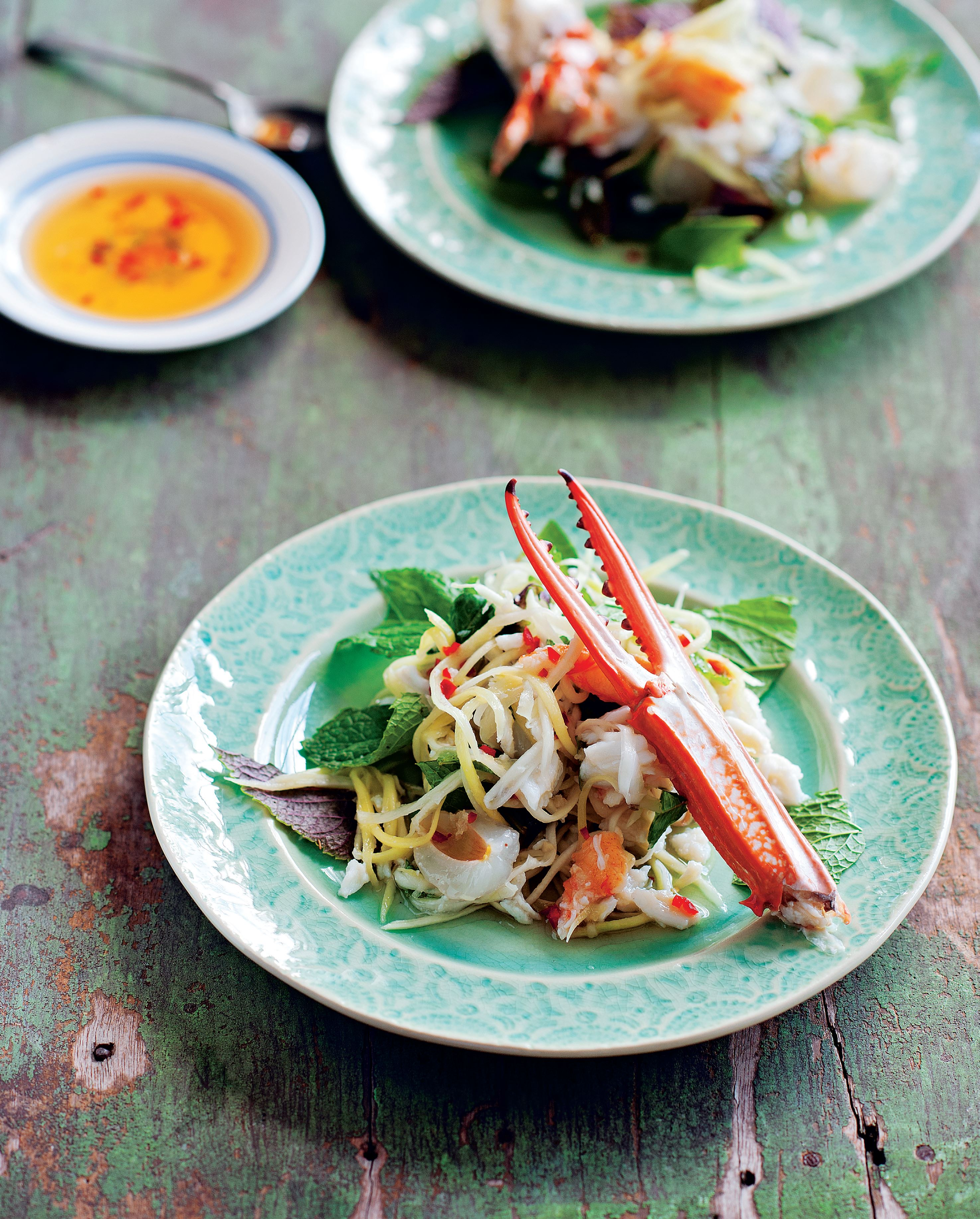 Green mango salad with crab