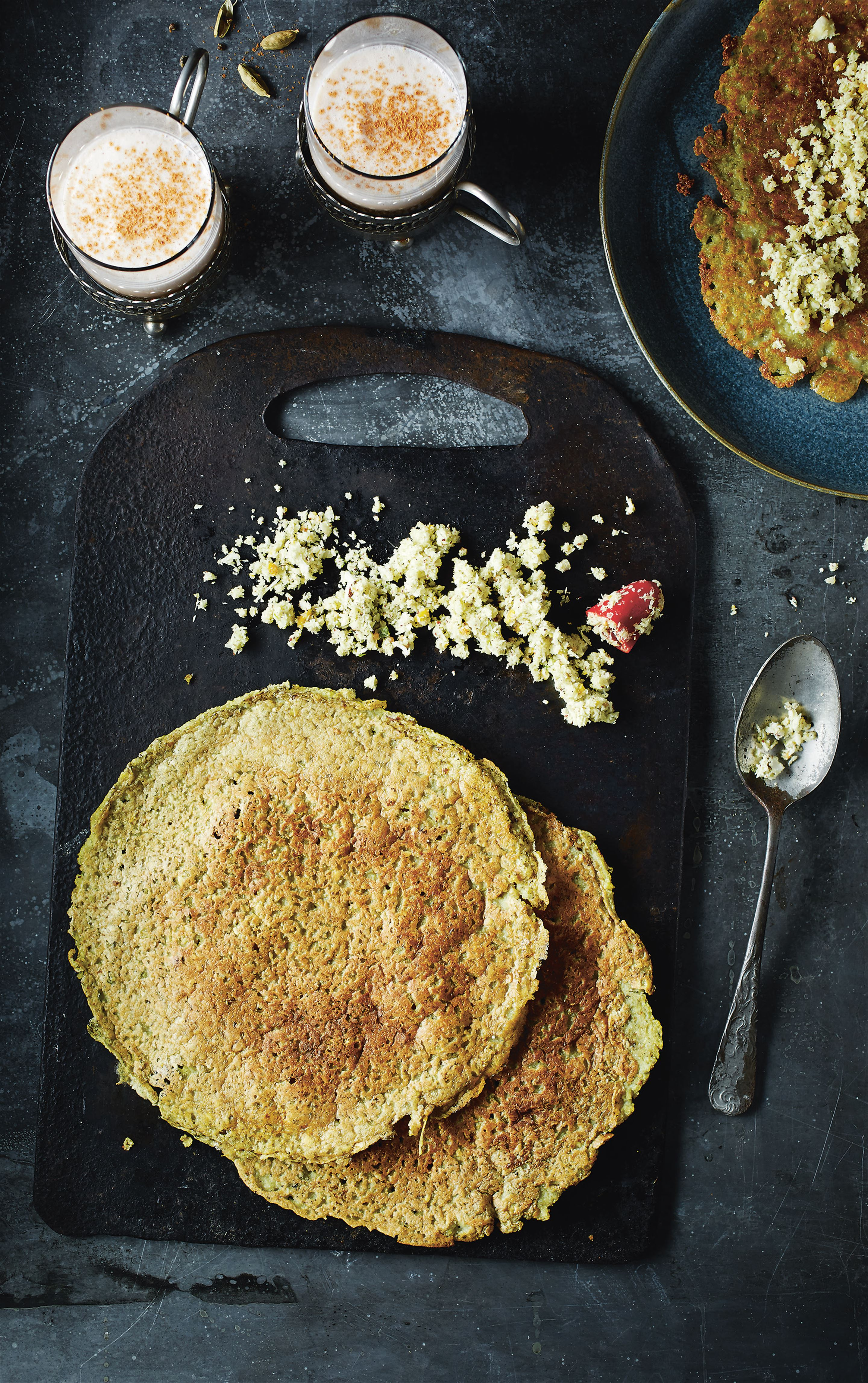 Indian lentil crêpe with coconut chutney
