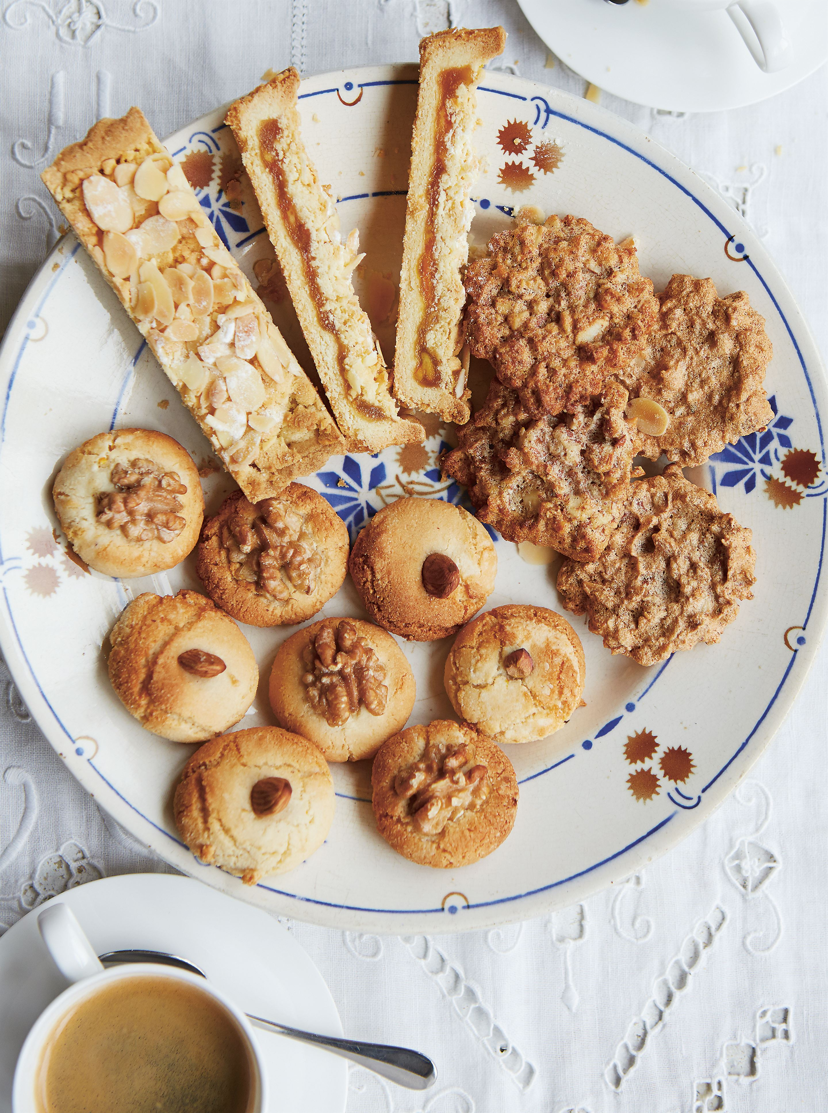 Almond & honey biscuits