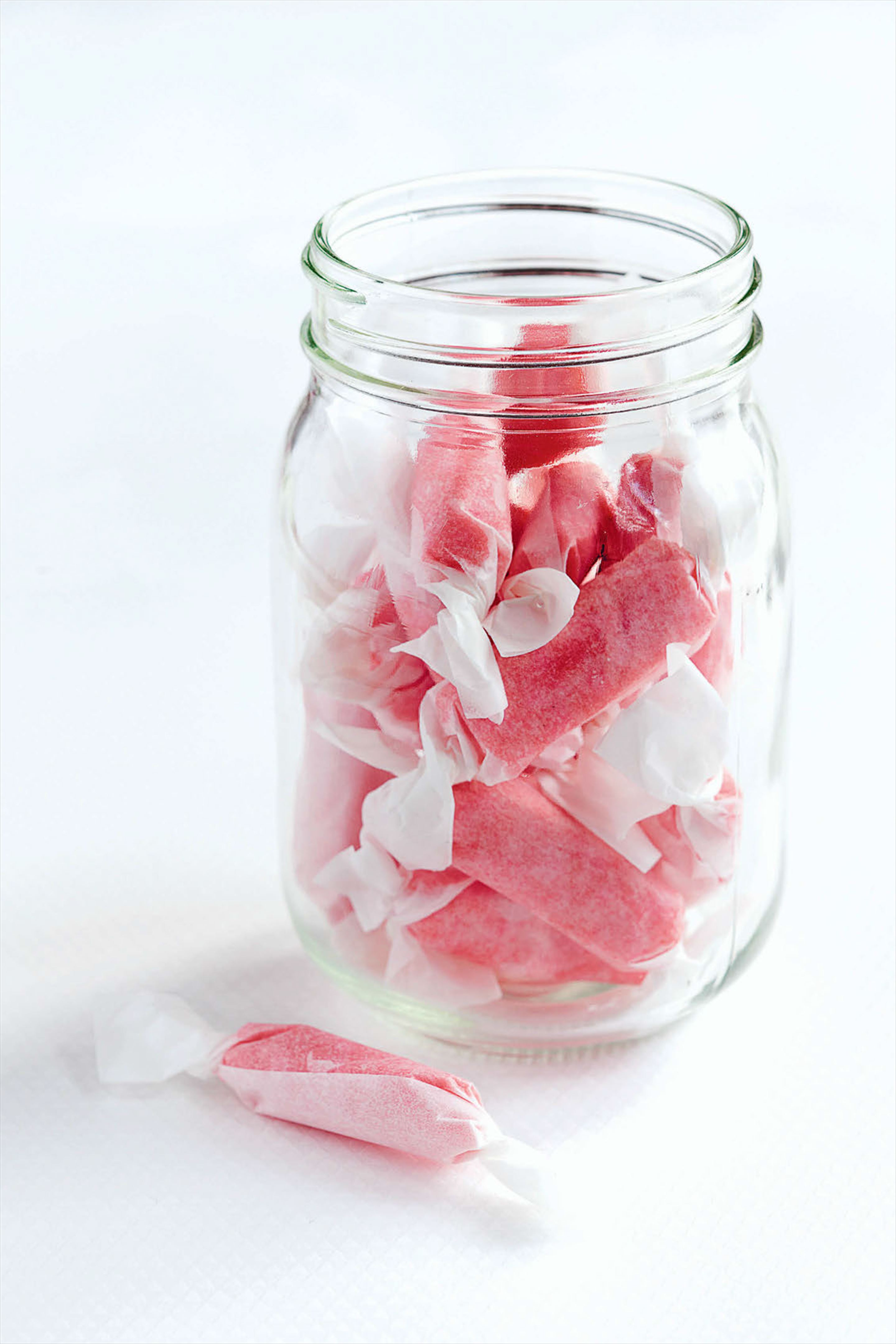 Taffy chewy fruit candies