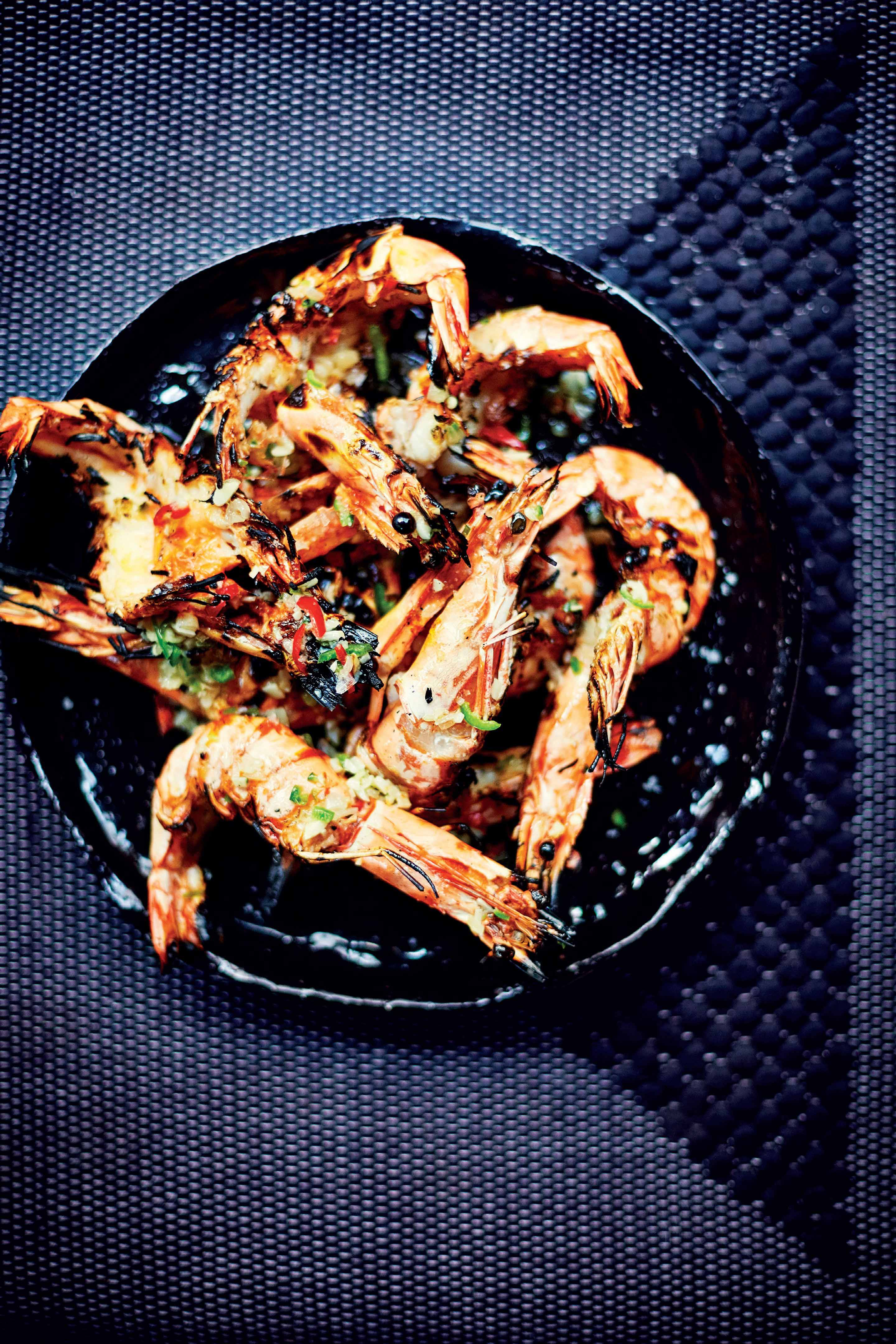 Xl tiger prawns & green chilli salsa