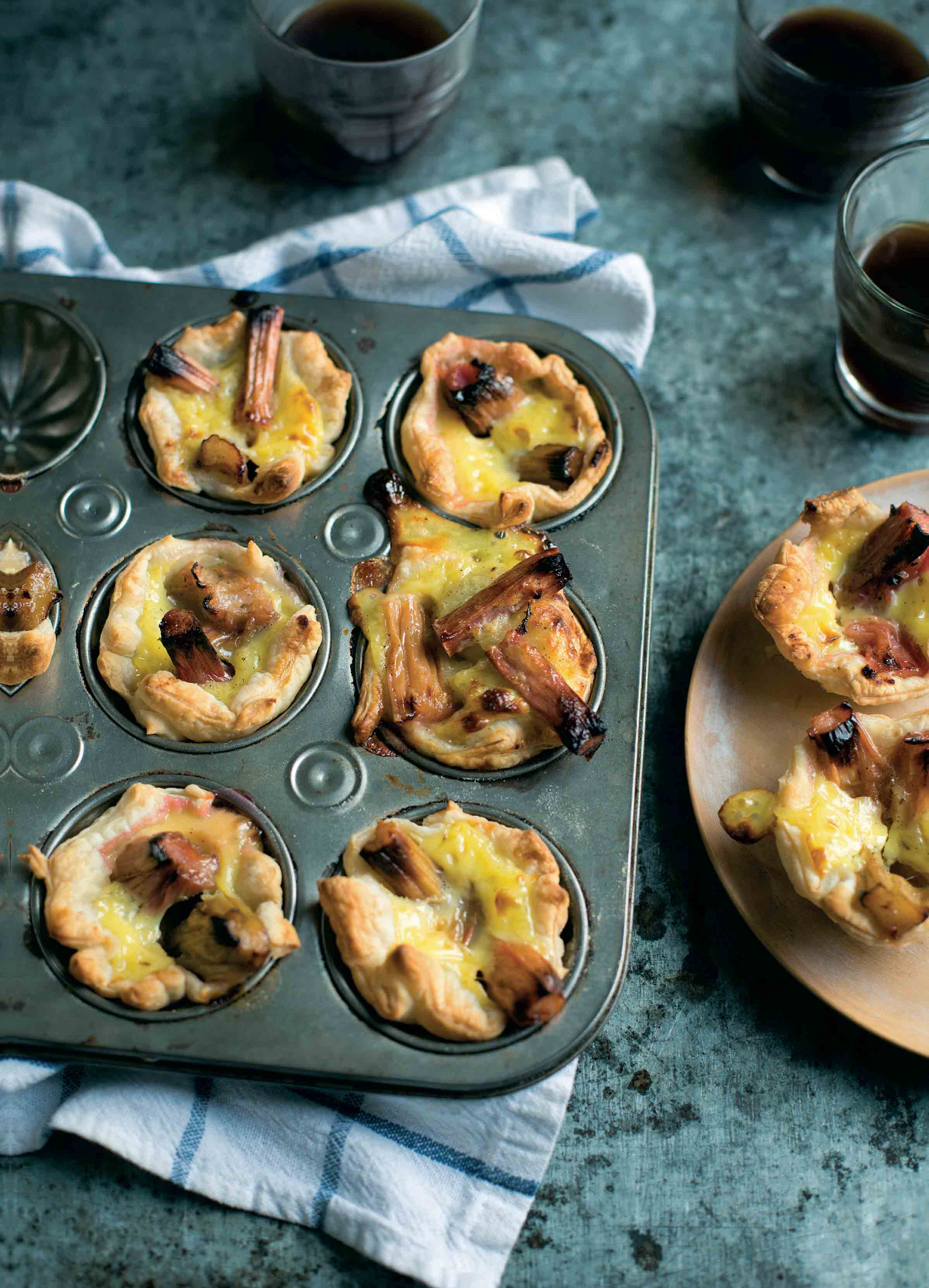 Rhubarb and custard Portuguese tarts