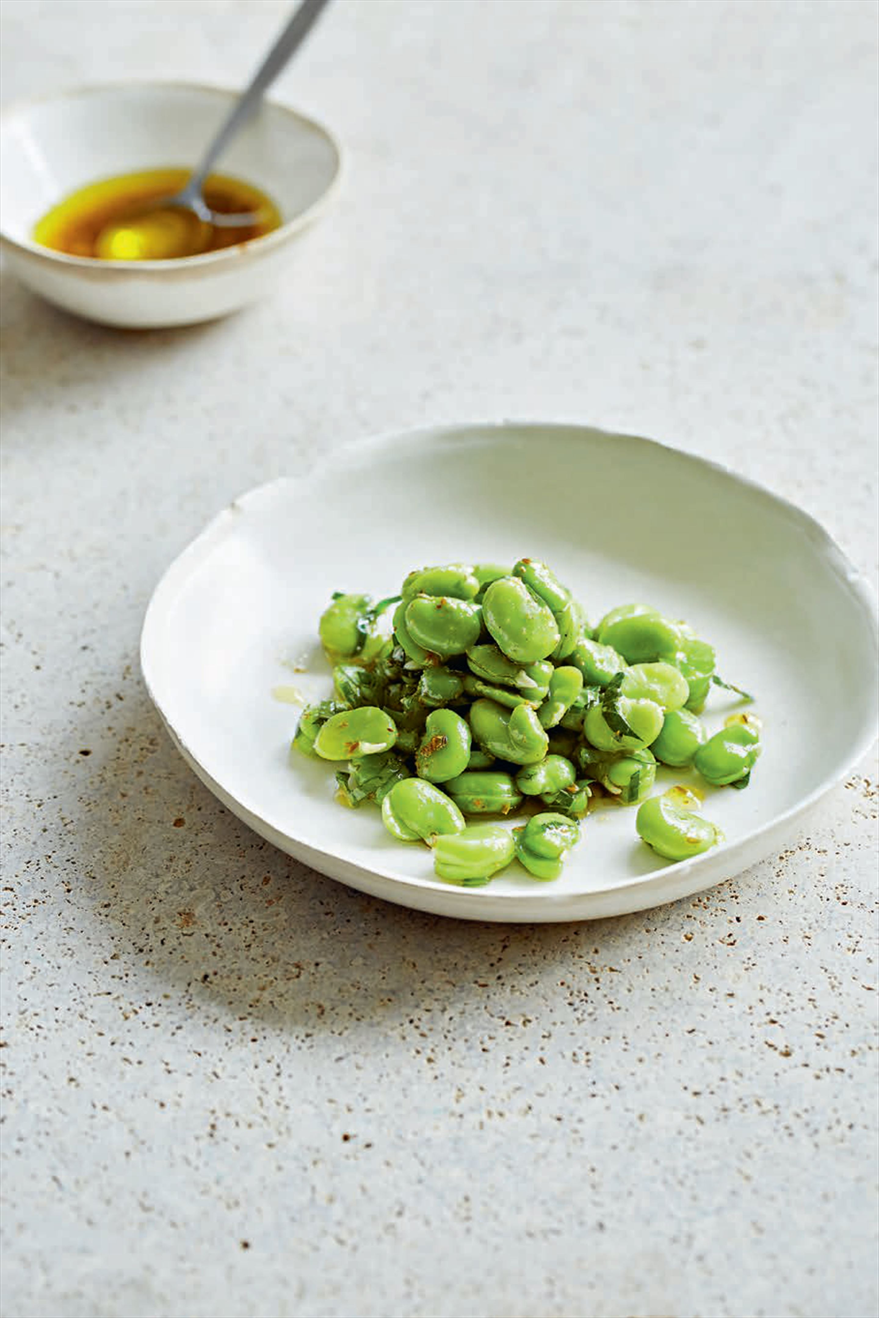 Broad beans with cumin & parsley