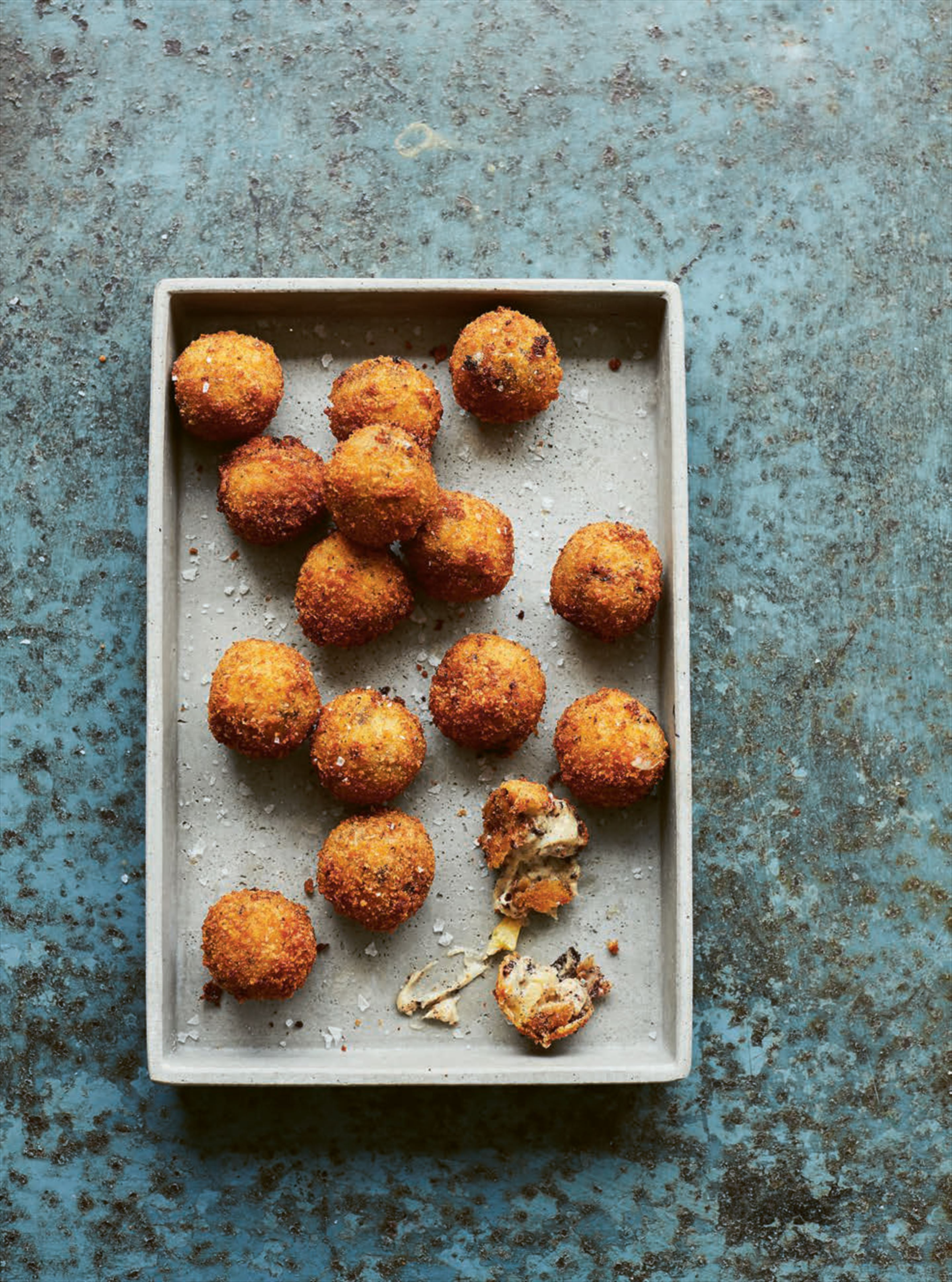 Black pudding & apple croquetas