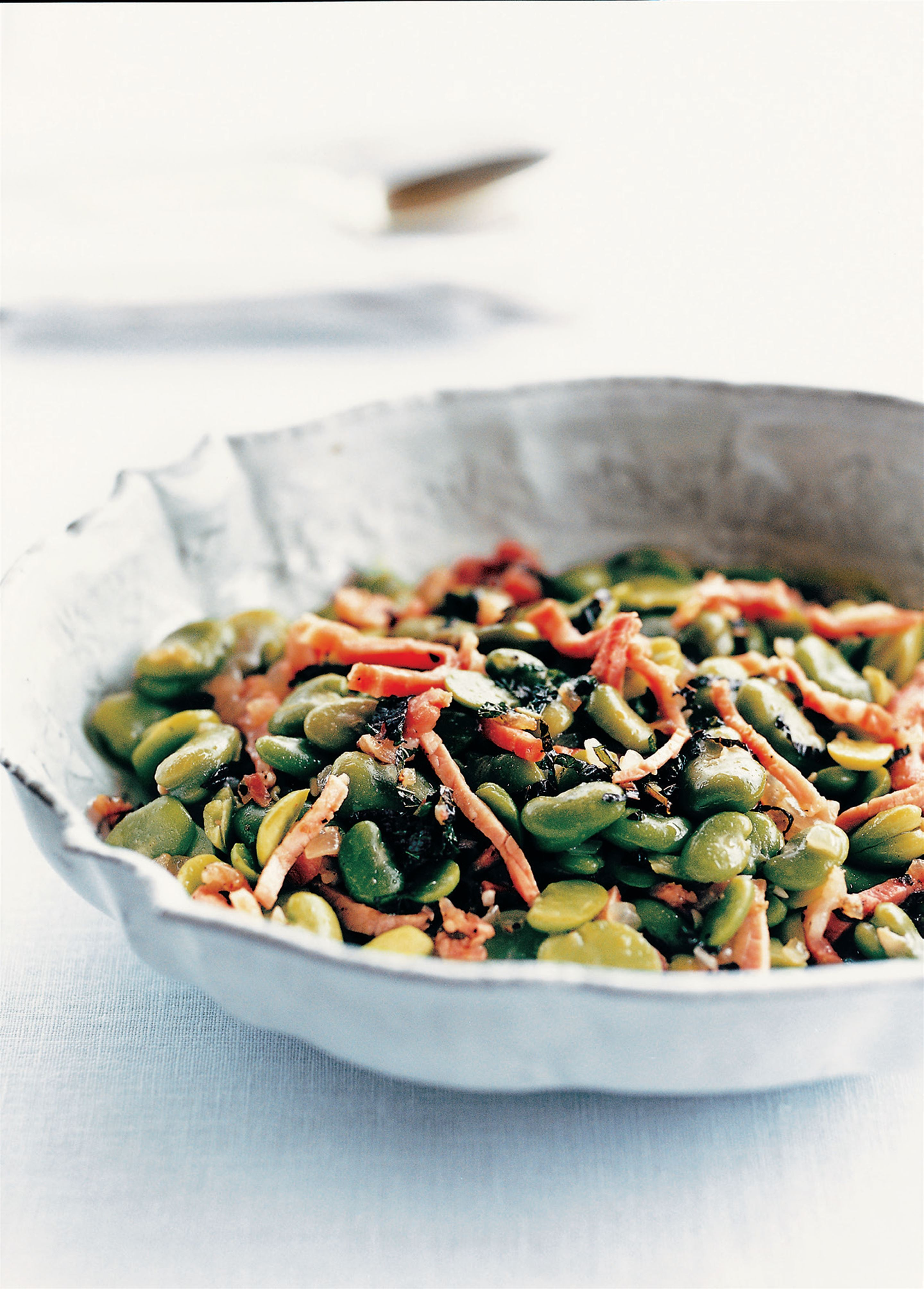 Broad beans with mint and pancetta