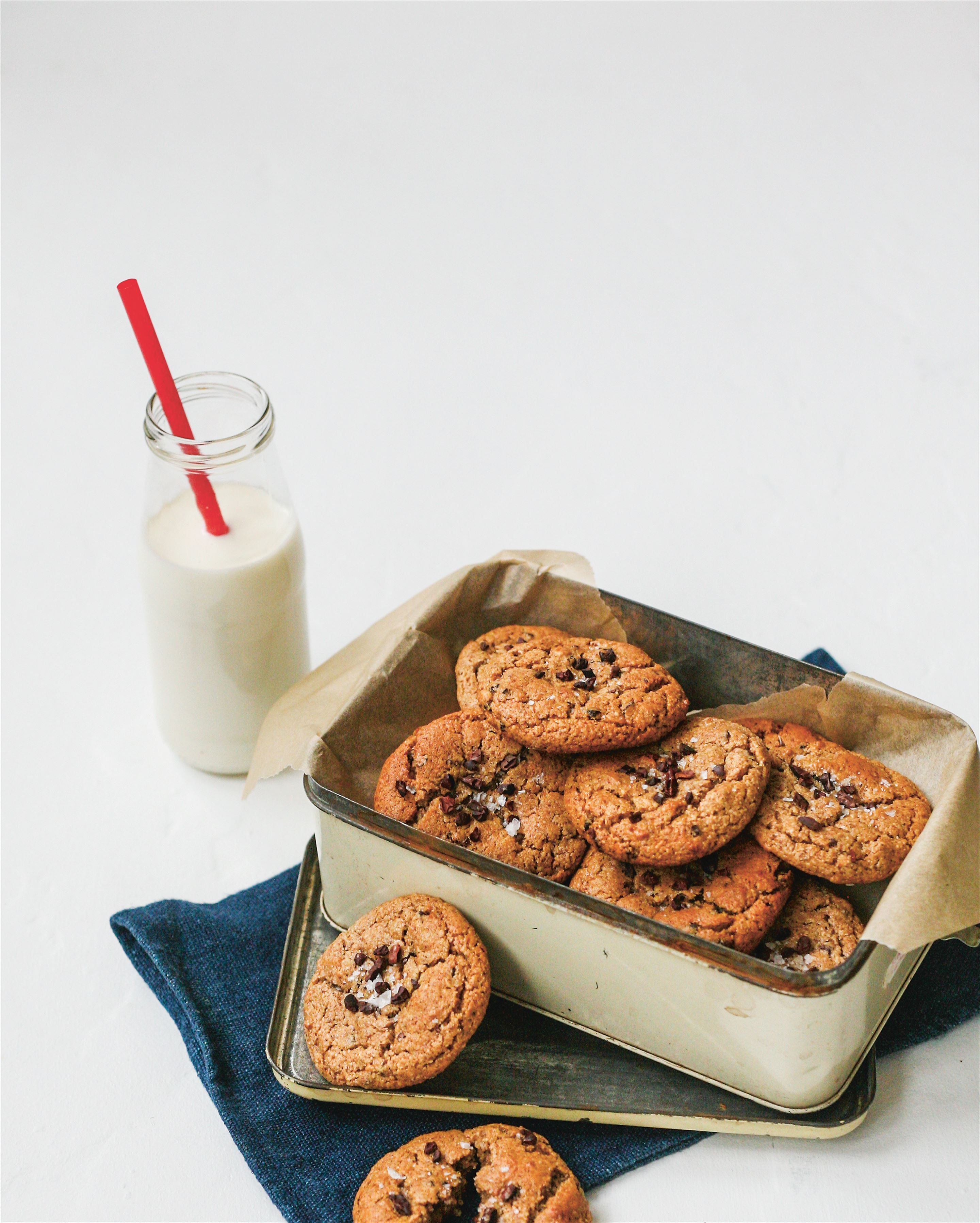 Almond butter & cacao nib cookies