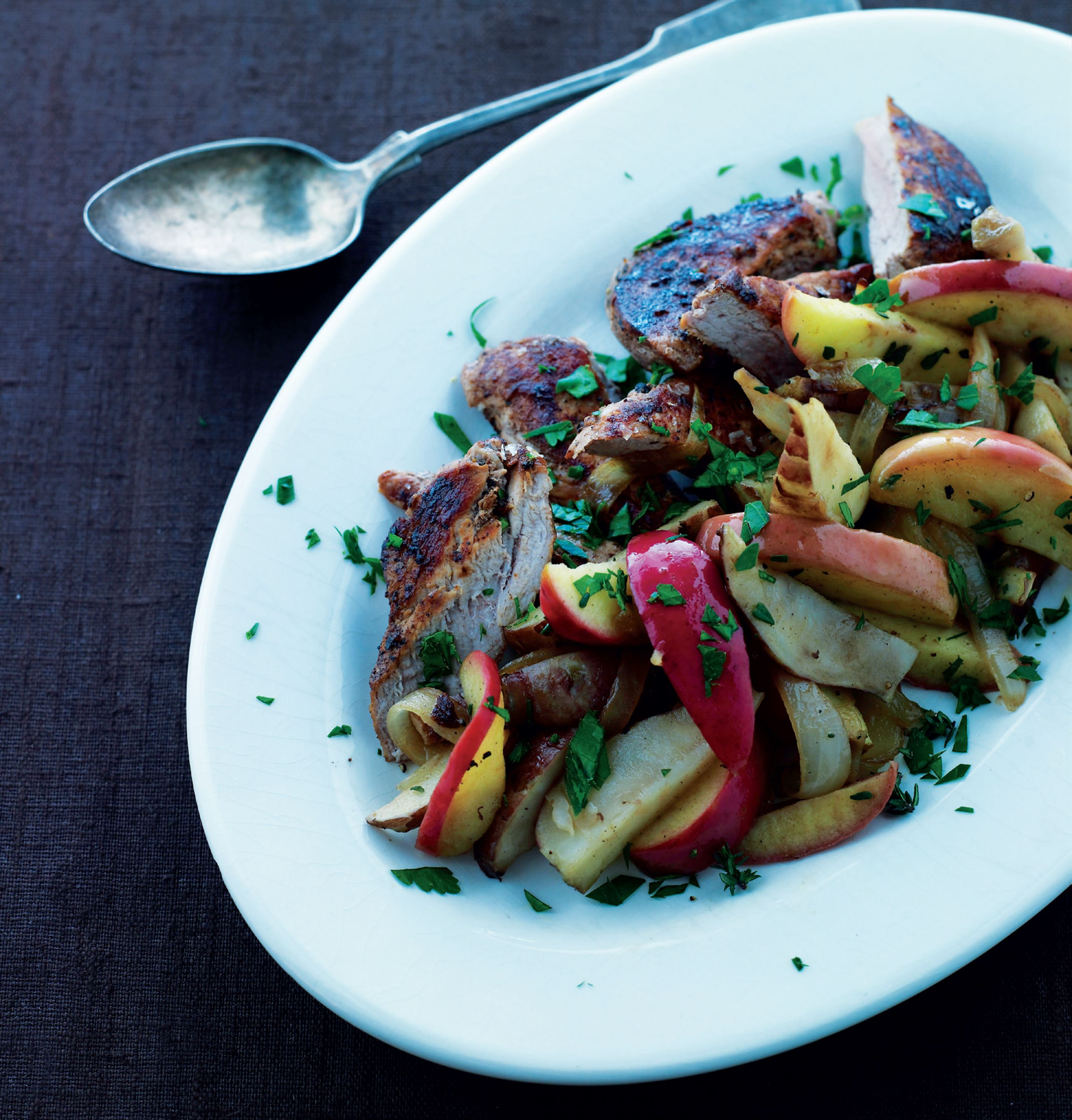 Pork with apples and Jerusalem artichokes