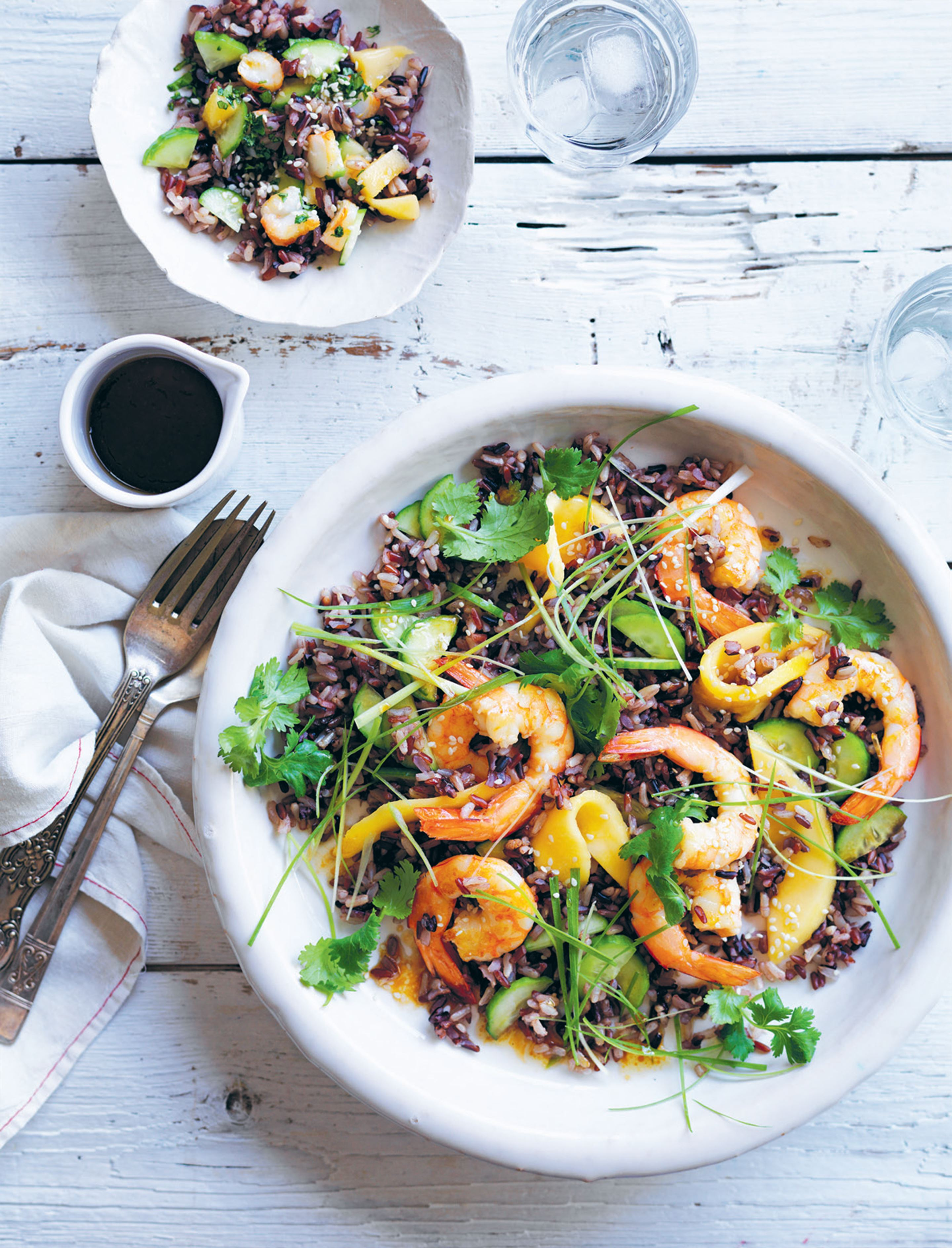 Wild rice, prawn and mango salad