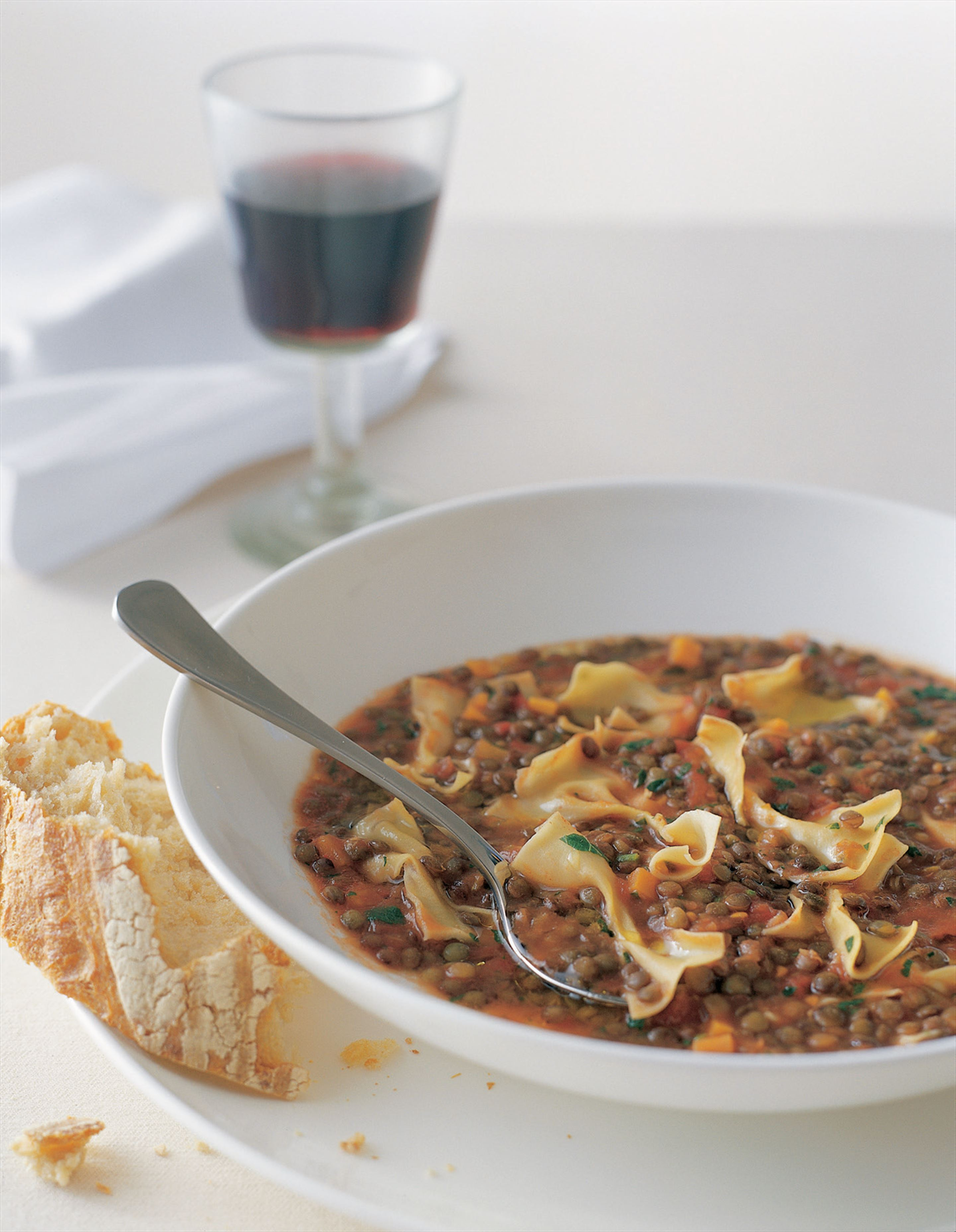Pasta butterflies with lentils