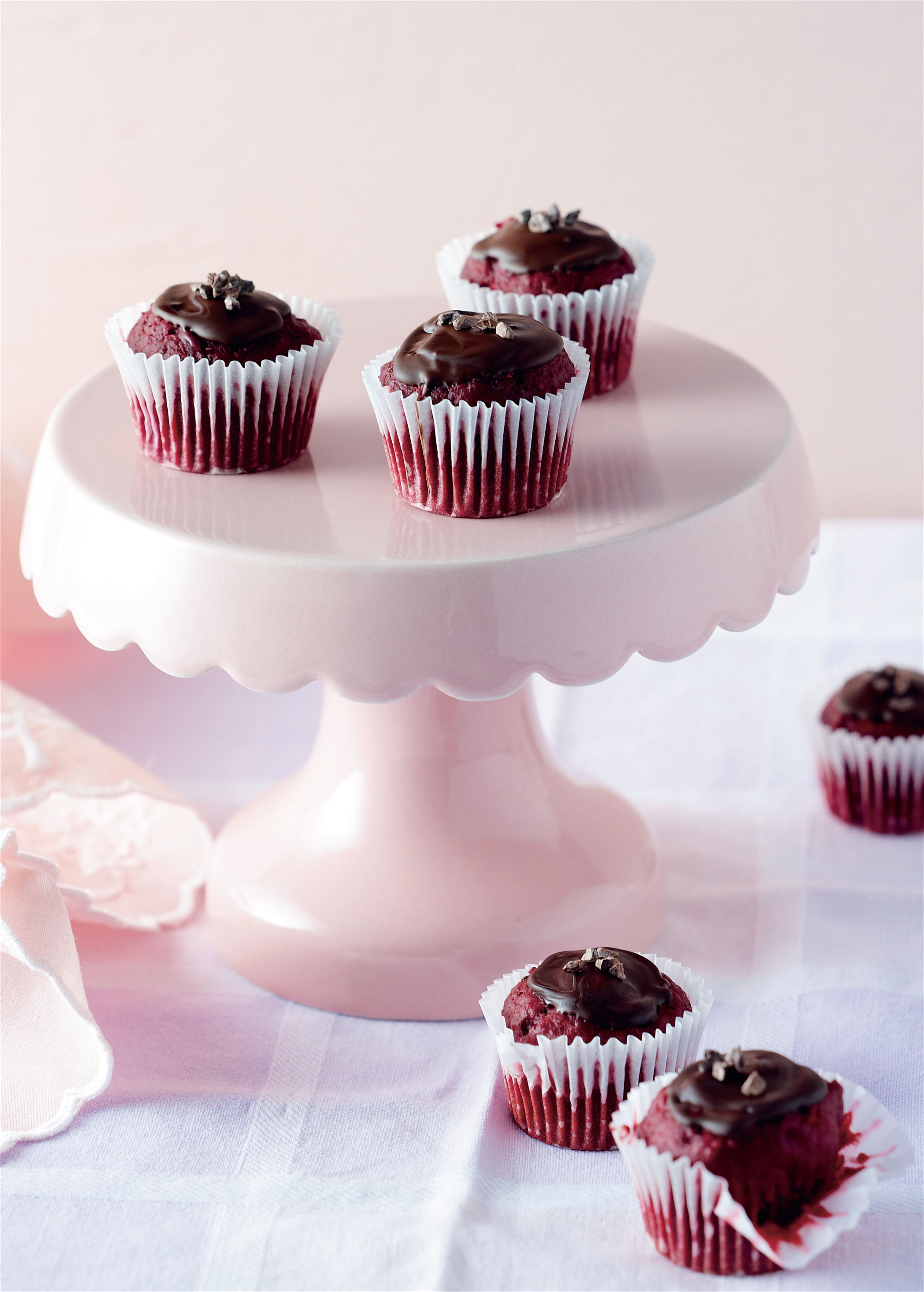 Chocolate beetroot mini cakes
